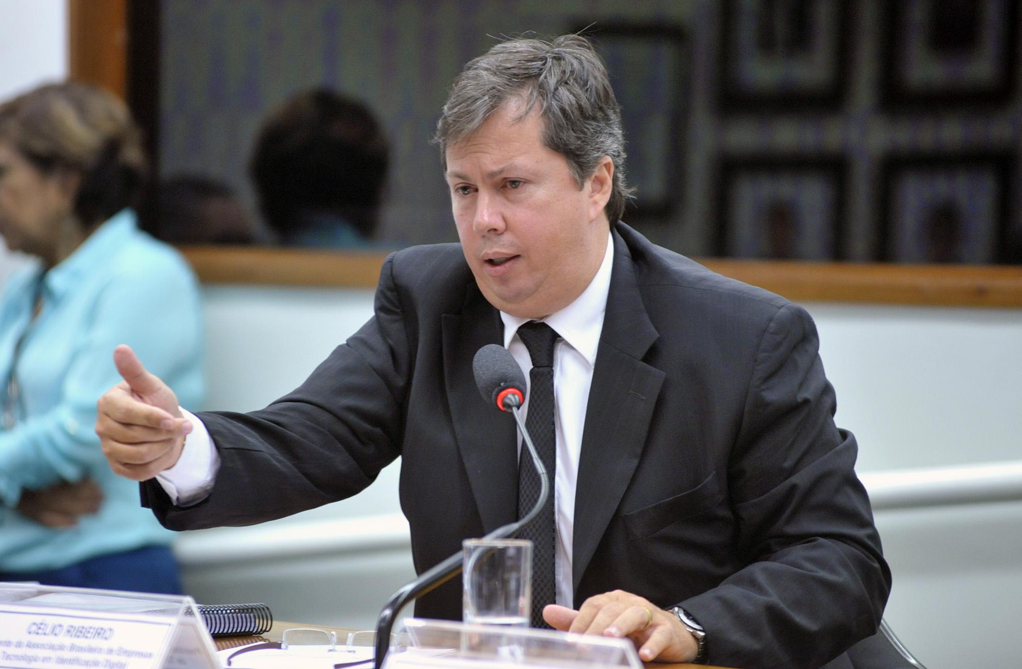 Reunião Ordinária. Presidente da Associação Brasileira de Empresas de Tecnologia em Identificação Digital, Célio Ribeiro