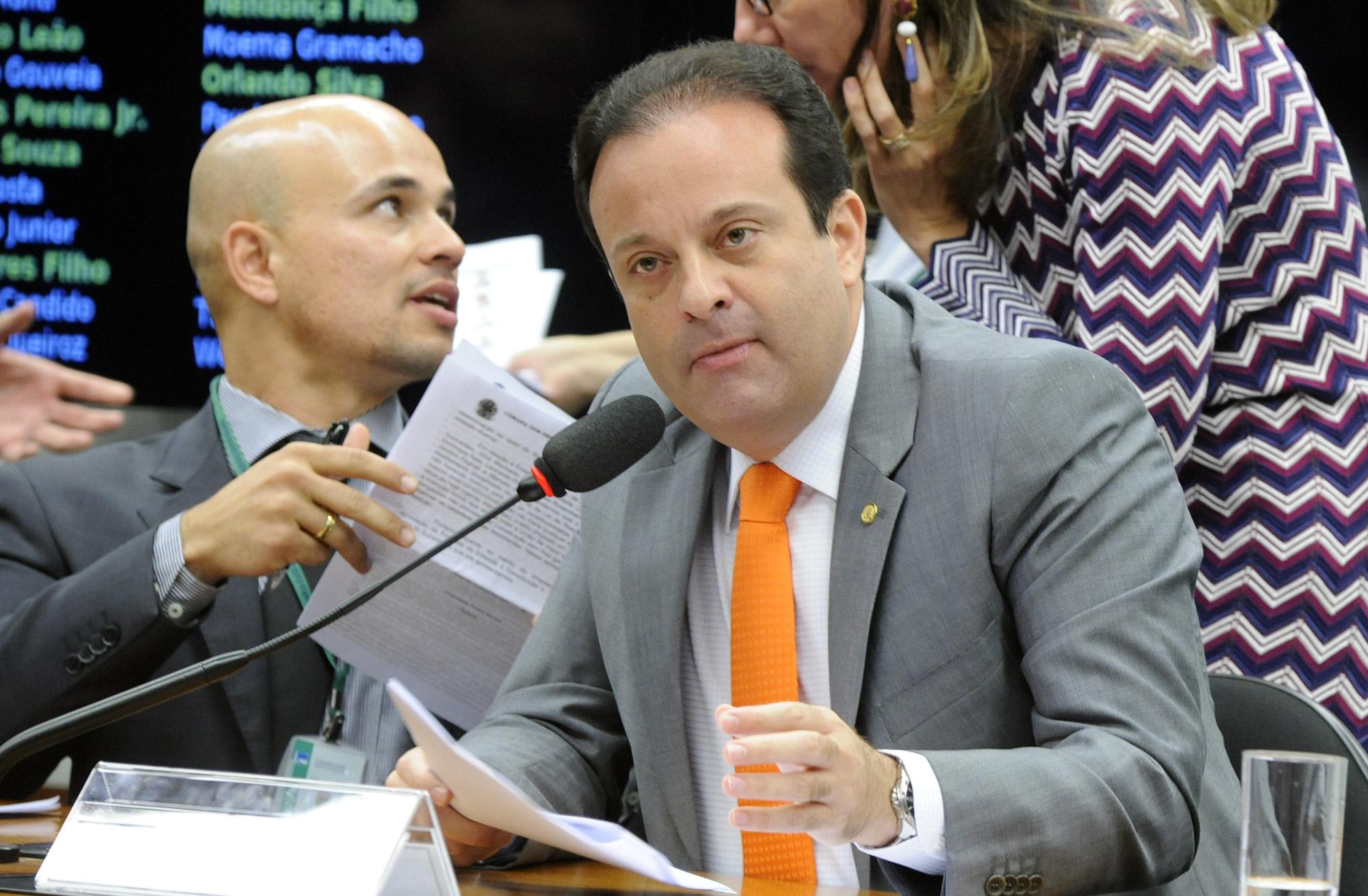 Reunião para apreciação do parecer do relator, dep. André Moura (PSC-SE)