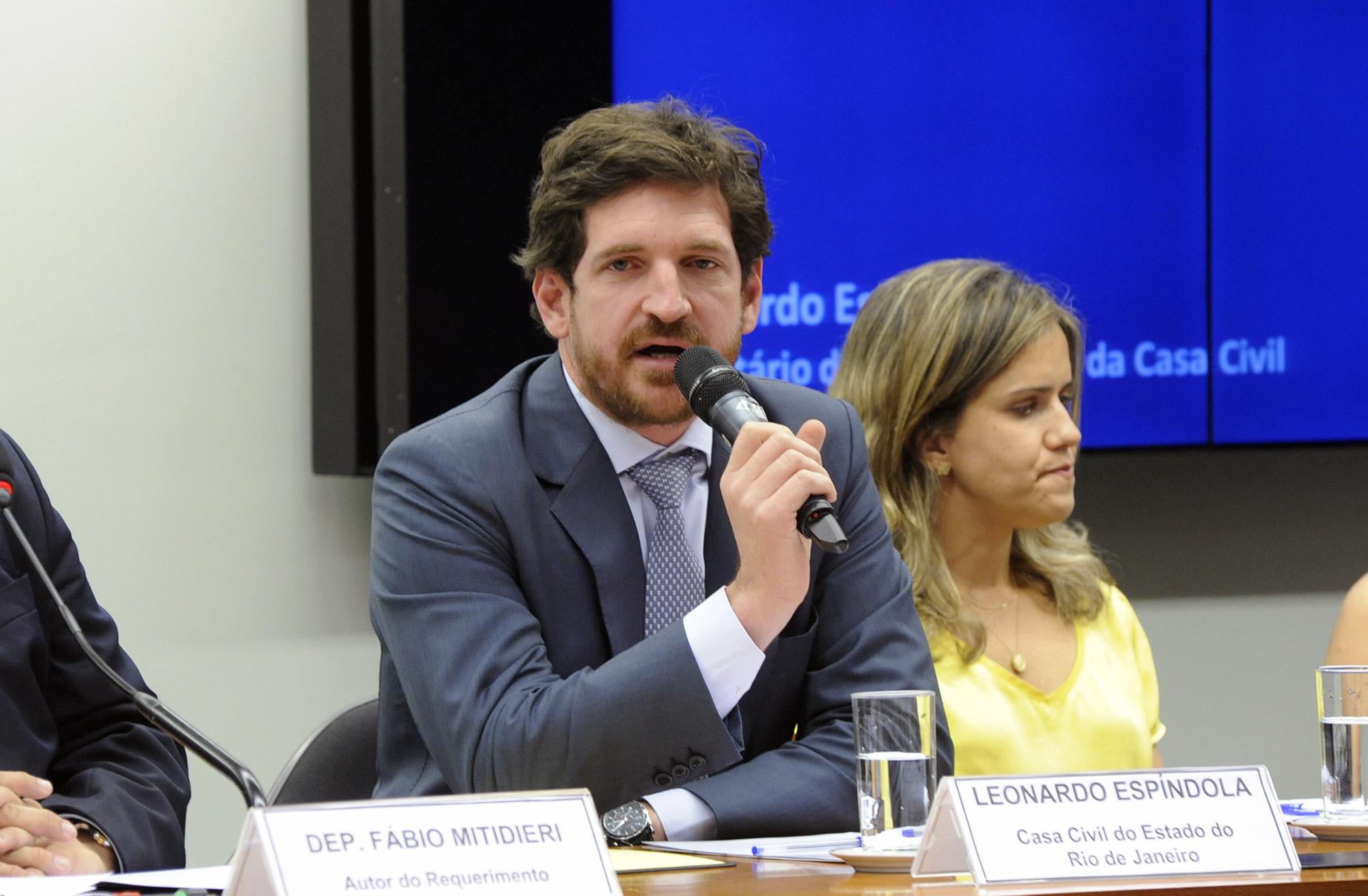 Audiência Pública para discutir sobre a saúde da Baia de Guanabara para realização das atividades aquáticas nos Jogos Olímpicos Rio-2016. Representante da Casa Civil do RJ, Leonardo Espíndola