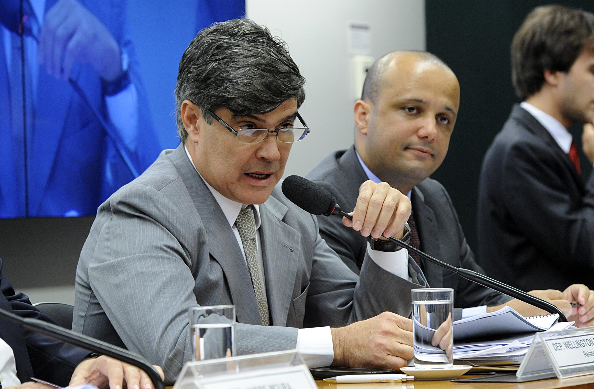 Discussão e votação do parecer do Relator, dep. Wellington Roberto (PR-PB)