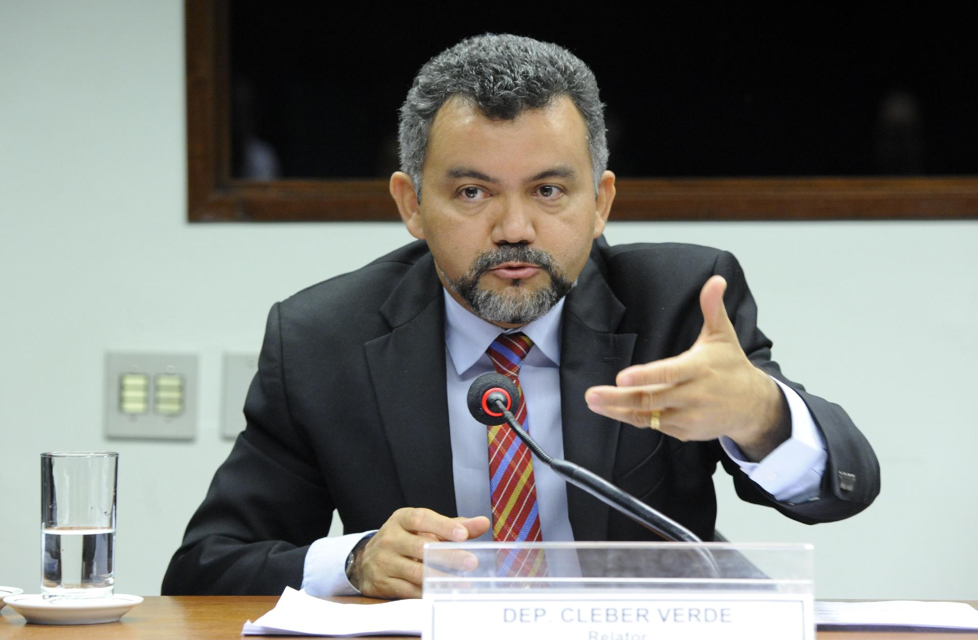 Reunião para discussão e votação do parecer do Relator, dep. Cleber Verde (PRB-MA)