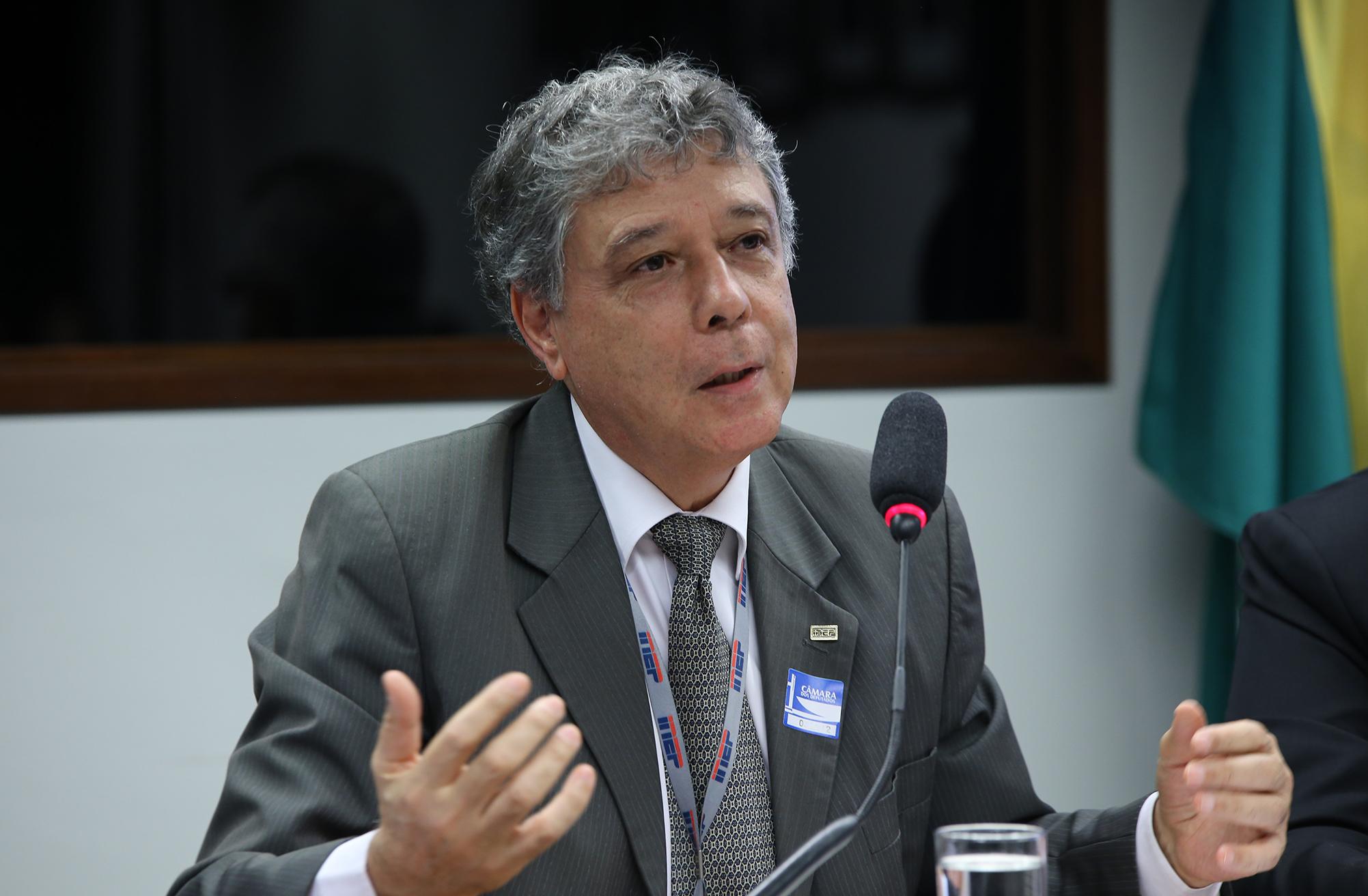 Audiência pública sobre  a proposta de Lei de Responsabilidade Educacional. Presidente do Instituto Nacional de Estudos e Pesquisas Educacionais (INEP), Francisco Soares