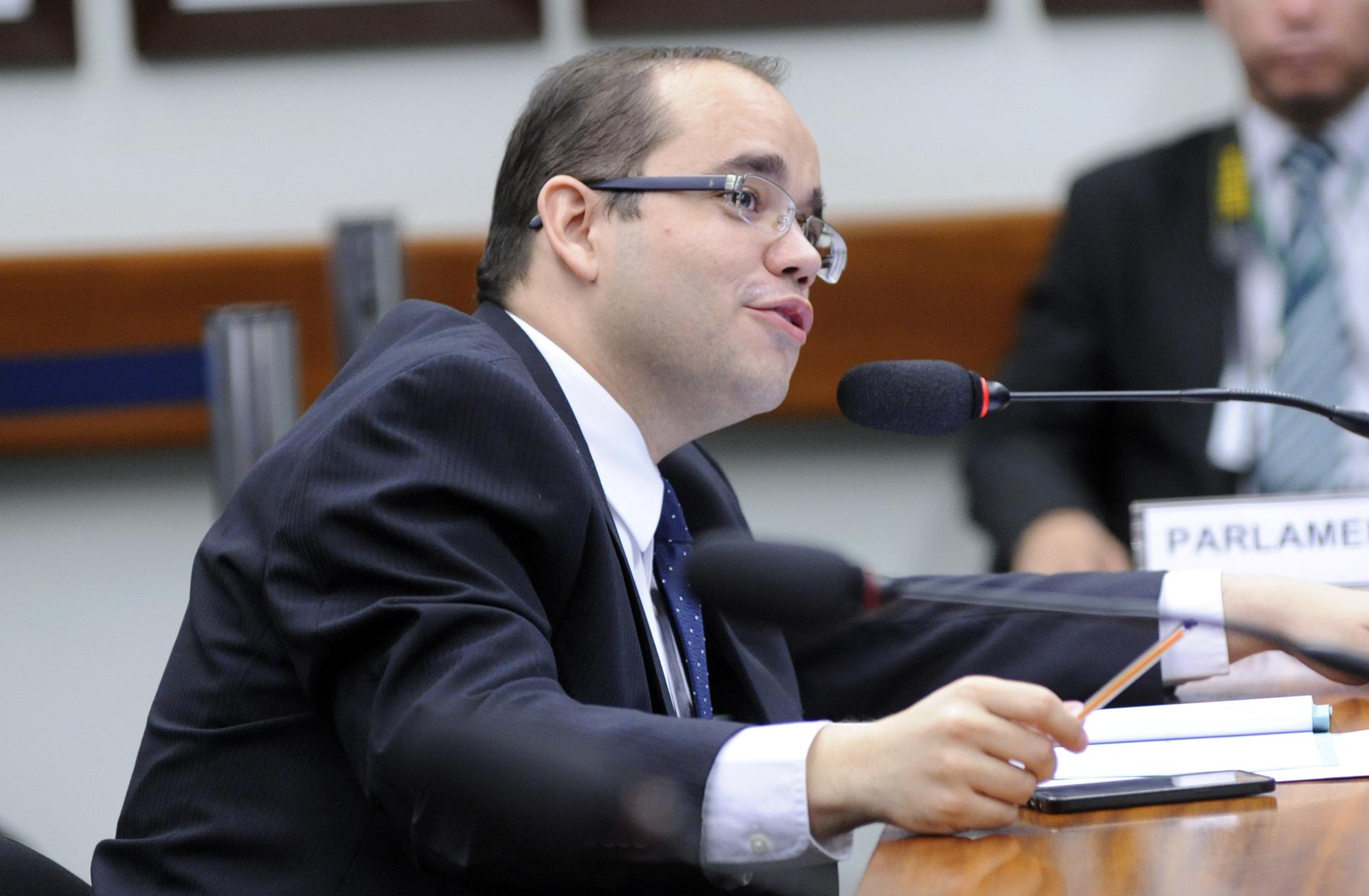 Audiência pública sobre o Sistema de Votação Eletrônica. Dep. Fábio Souza (PSDB-GO)
