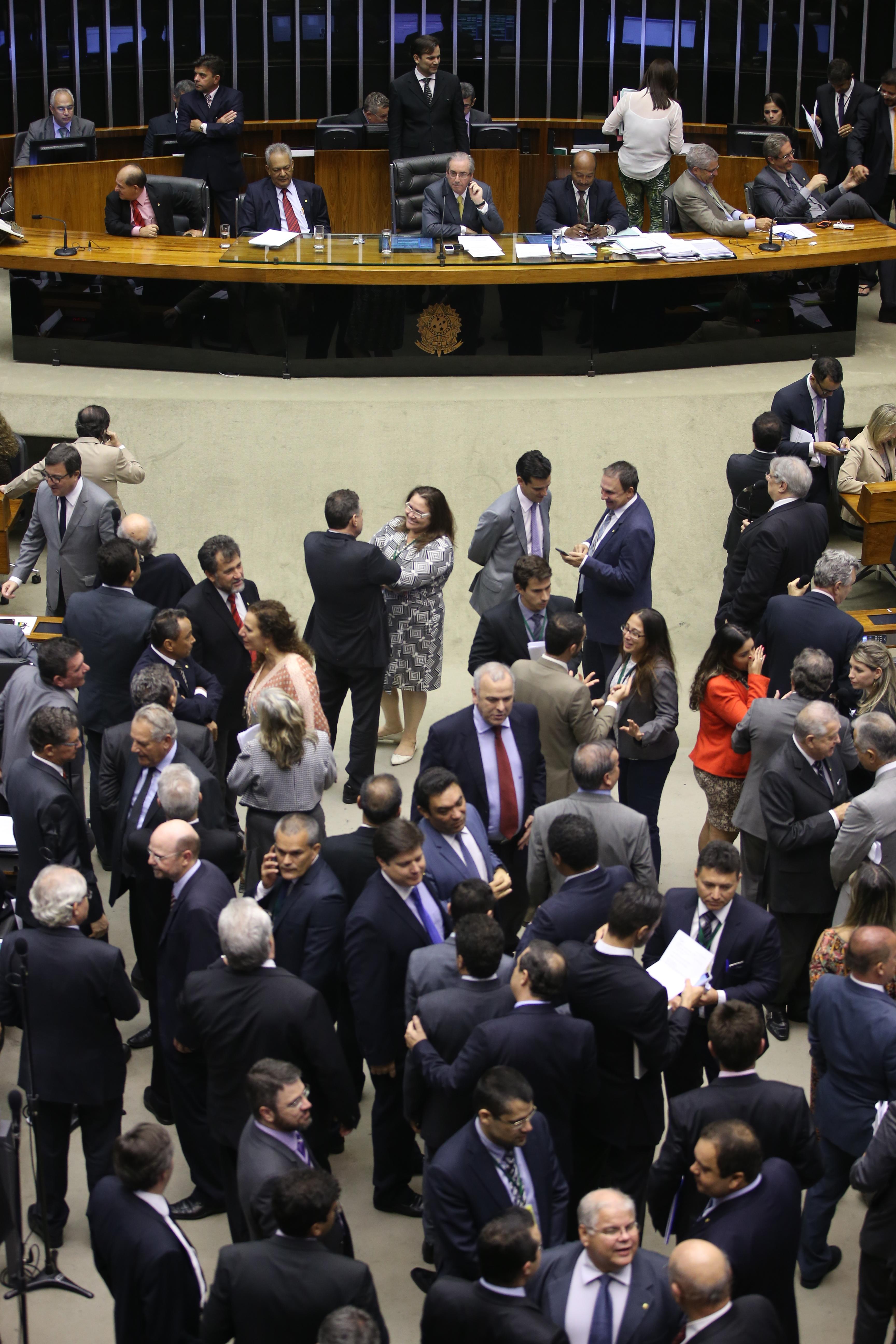Plenário pode votar MP que facilita pagamento de dívidas tributárias