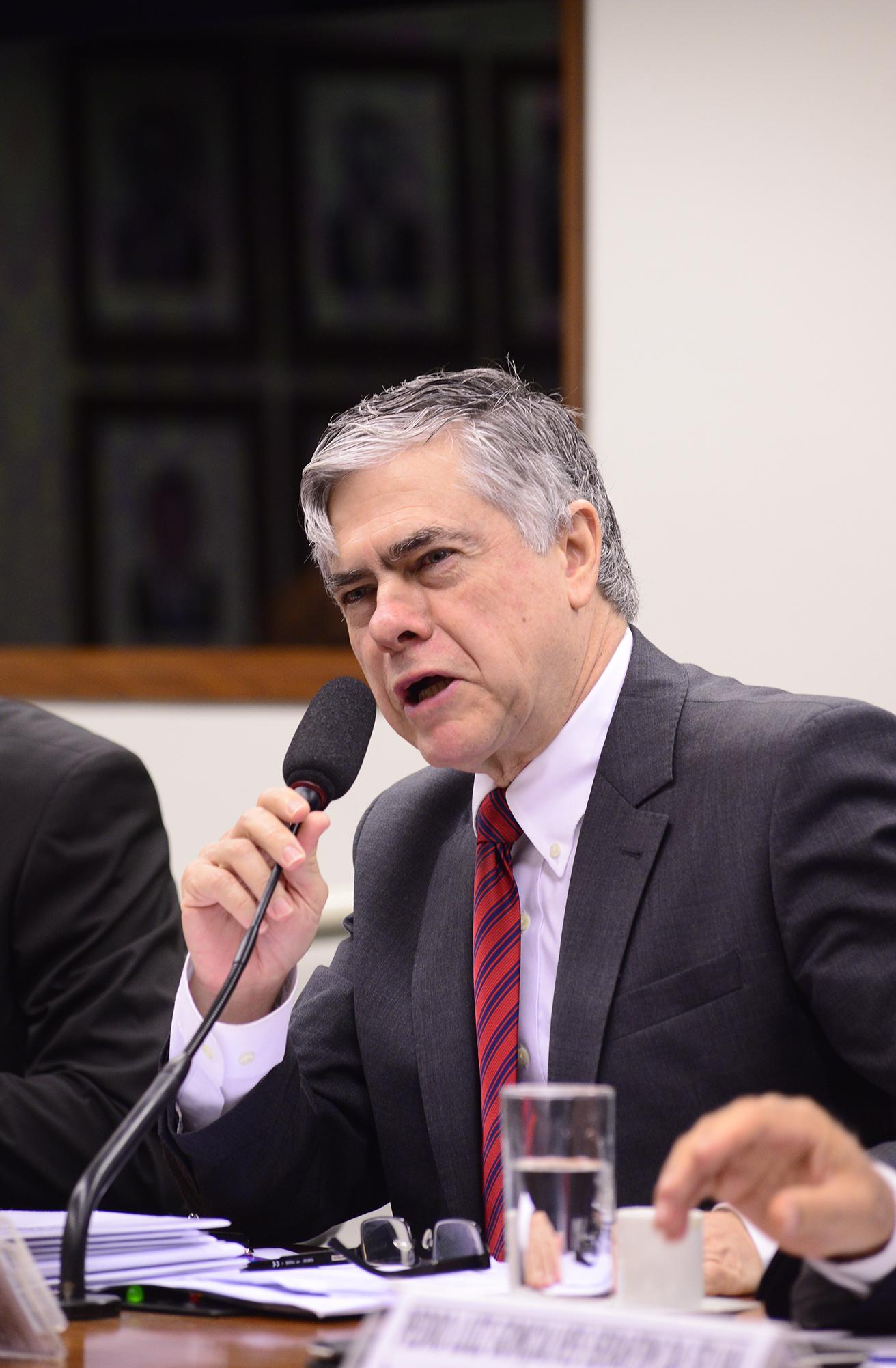 Audiência pública sobre os impactos dos agrotóxicos na saúde e no meio ambiente. Dep. Augusto Carvalho (SD-DF)