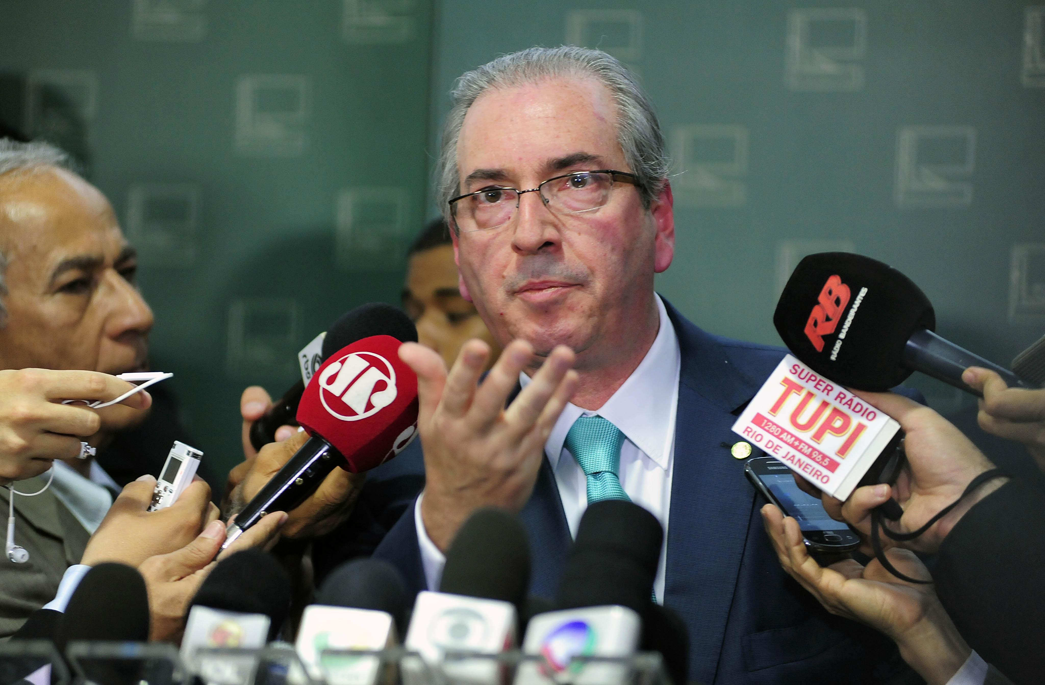 Presidente da Câmara Eduardo Cunha fala sobre a comissão especial para analisar o processo de impeachment da presidente de Dilma Roussef