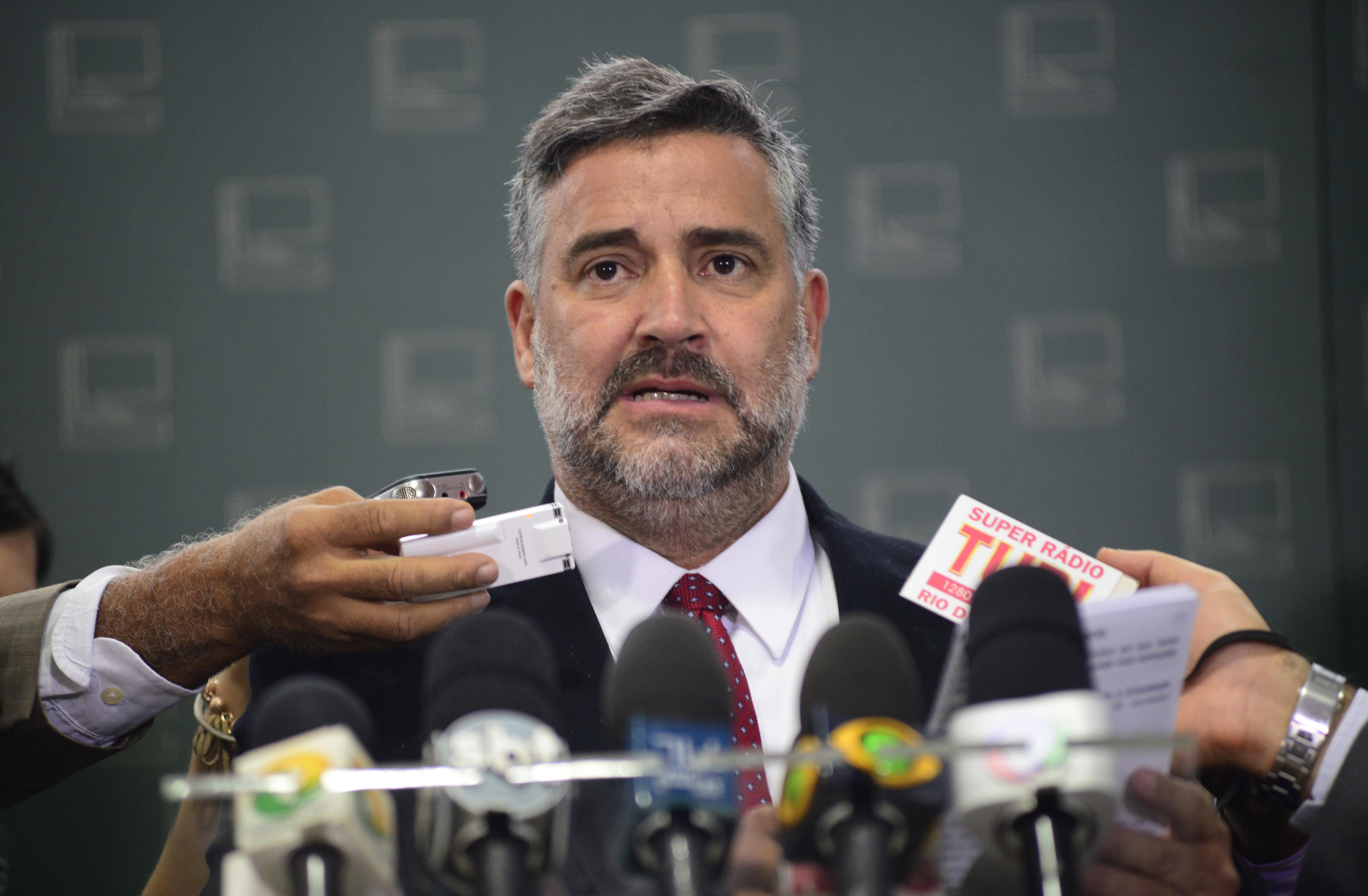 Líder do governo na CMO, dep. Paulo Pimenta (PT-RS) fala sobre os cortes no Orçamento de 2016