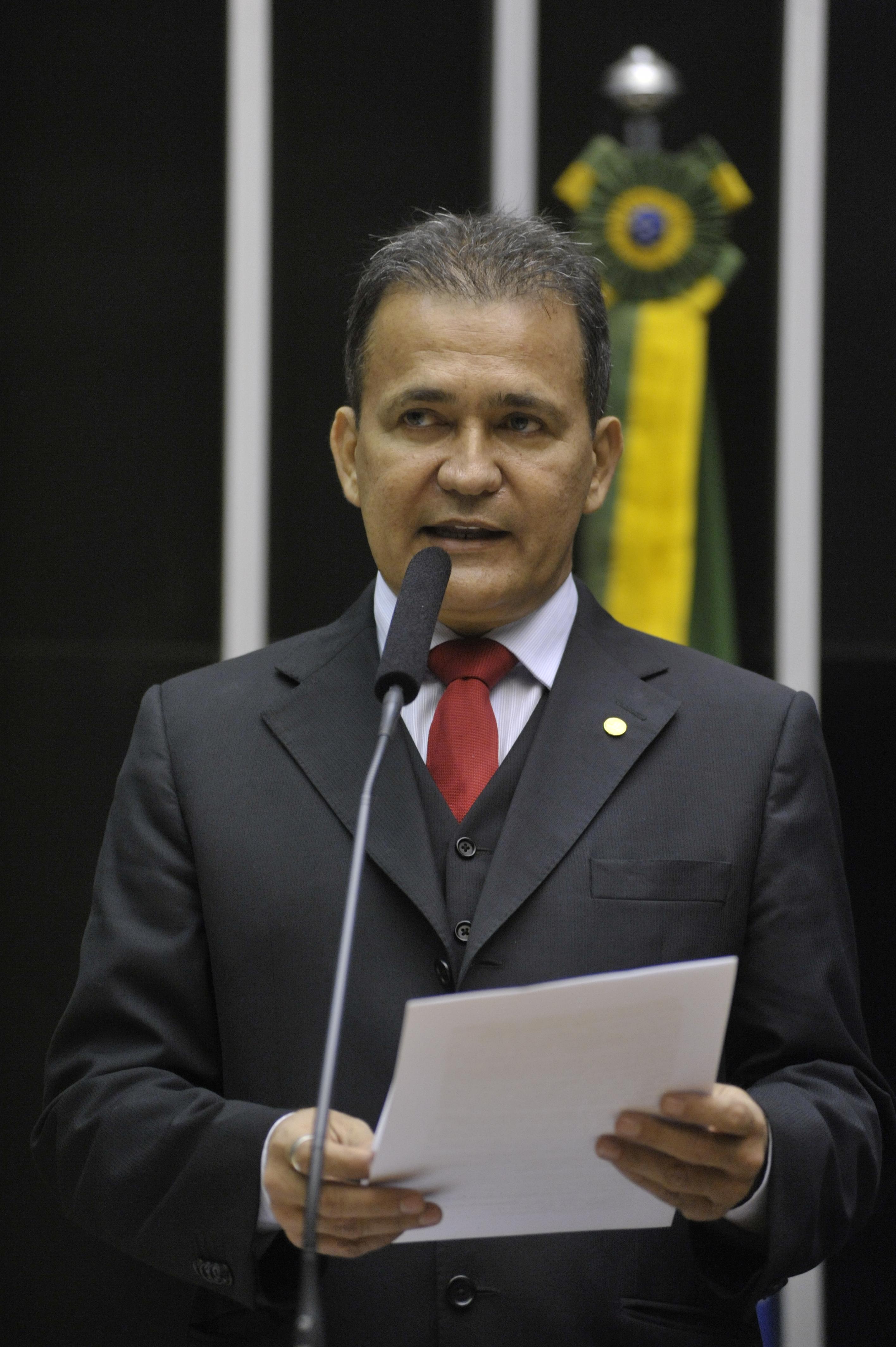 Dep. Marcos Reategui