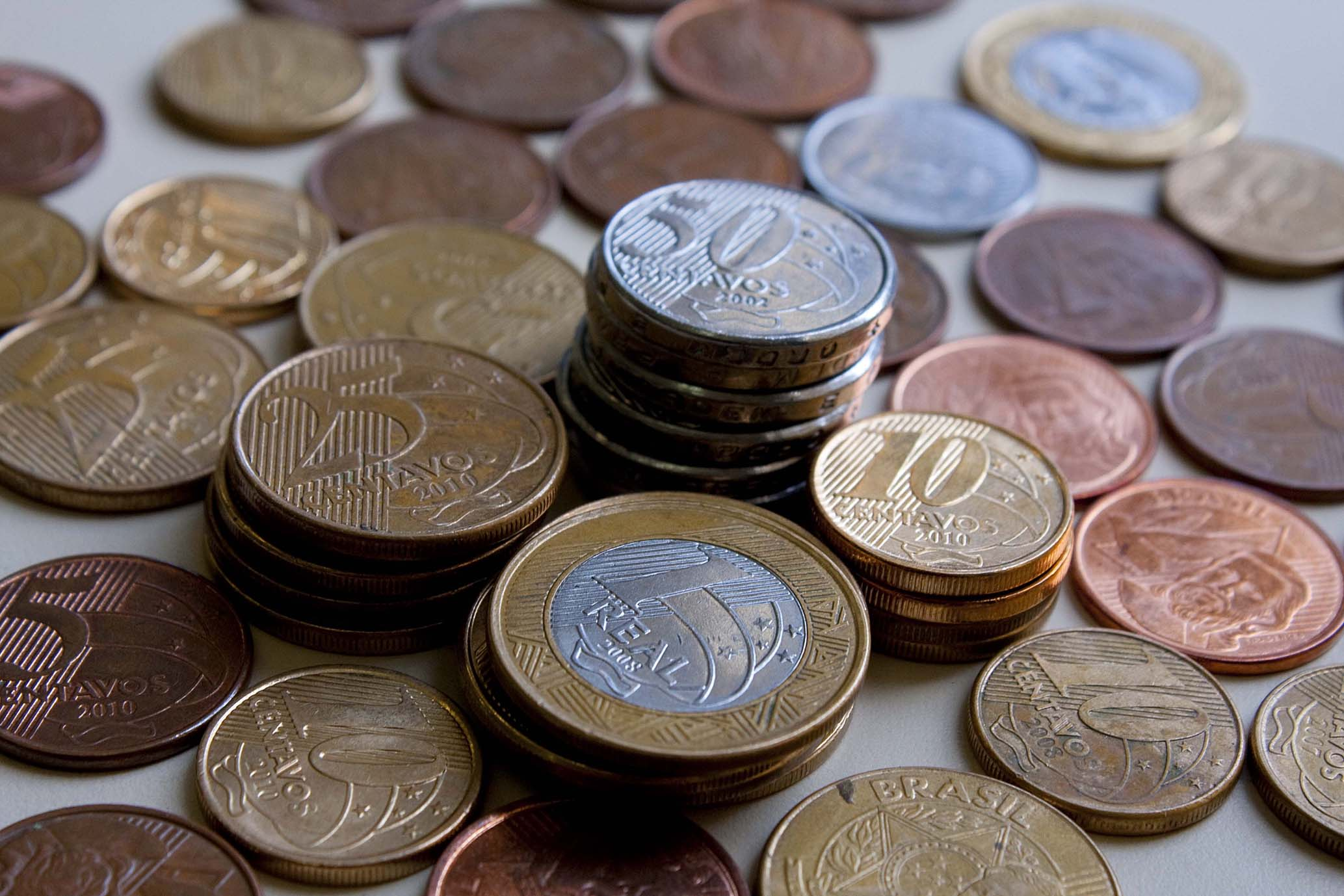 Economia - dinheiro - moedas real inflação poupança preços tarifas