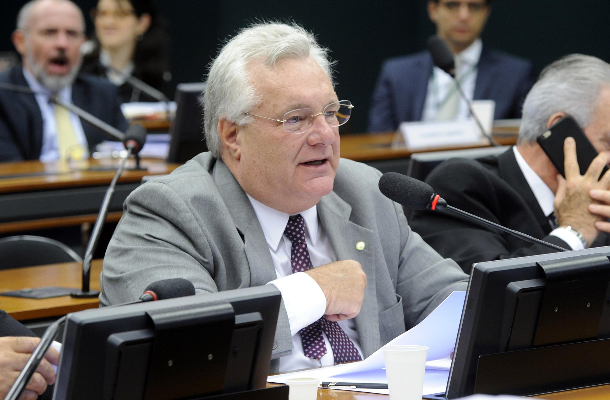 Dep. Jorge Côrte Real (PTB-PE)