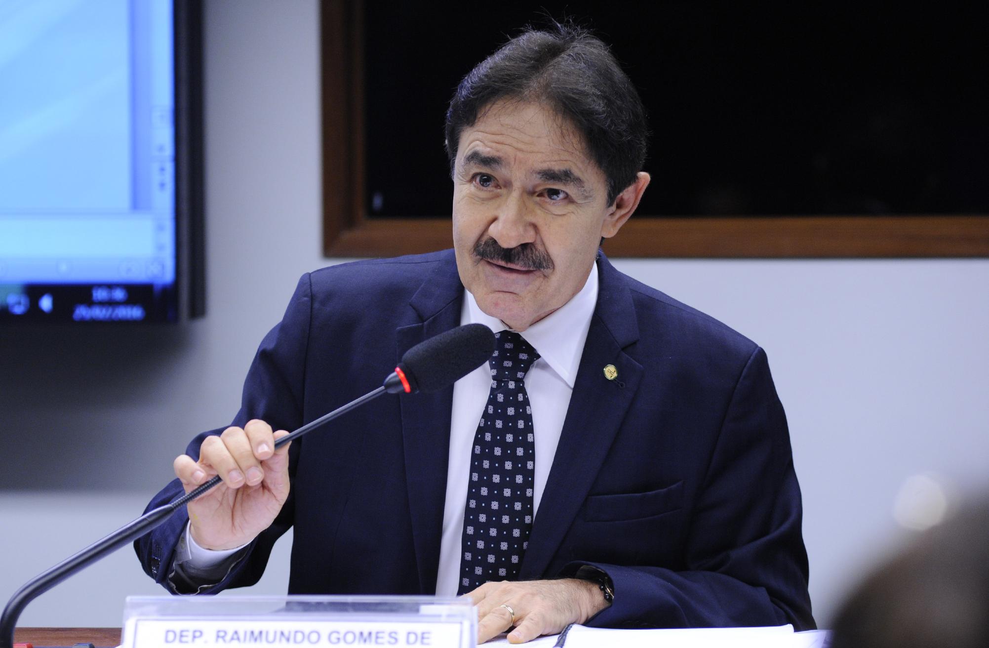 Resultado de imagem para deputado federal Raimundo Gomes de Matos (PSDB-CE)