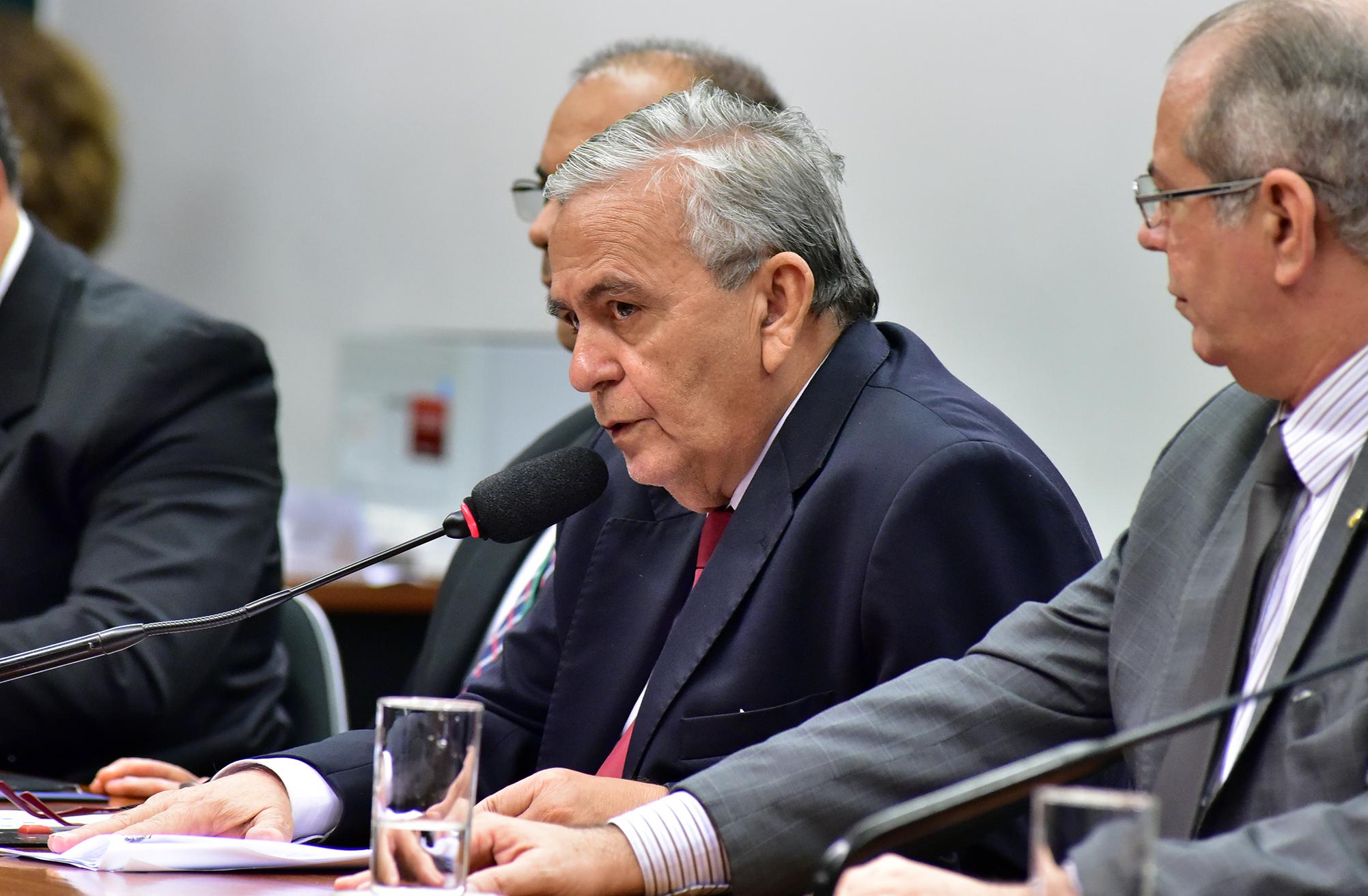Reunião de instalação da comissão e eleição do Presidente e dos Vice-Presidente. Dep. Pedro Fernandes (PTB-MA)