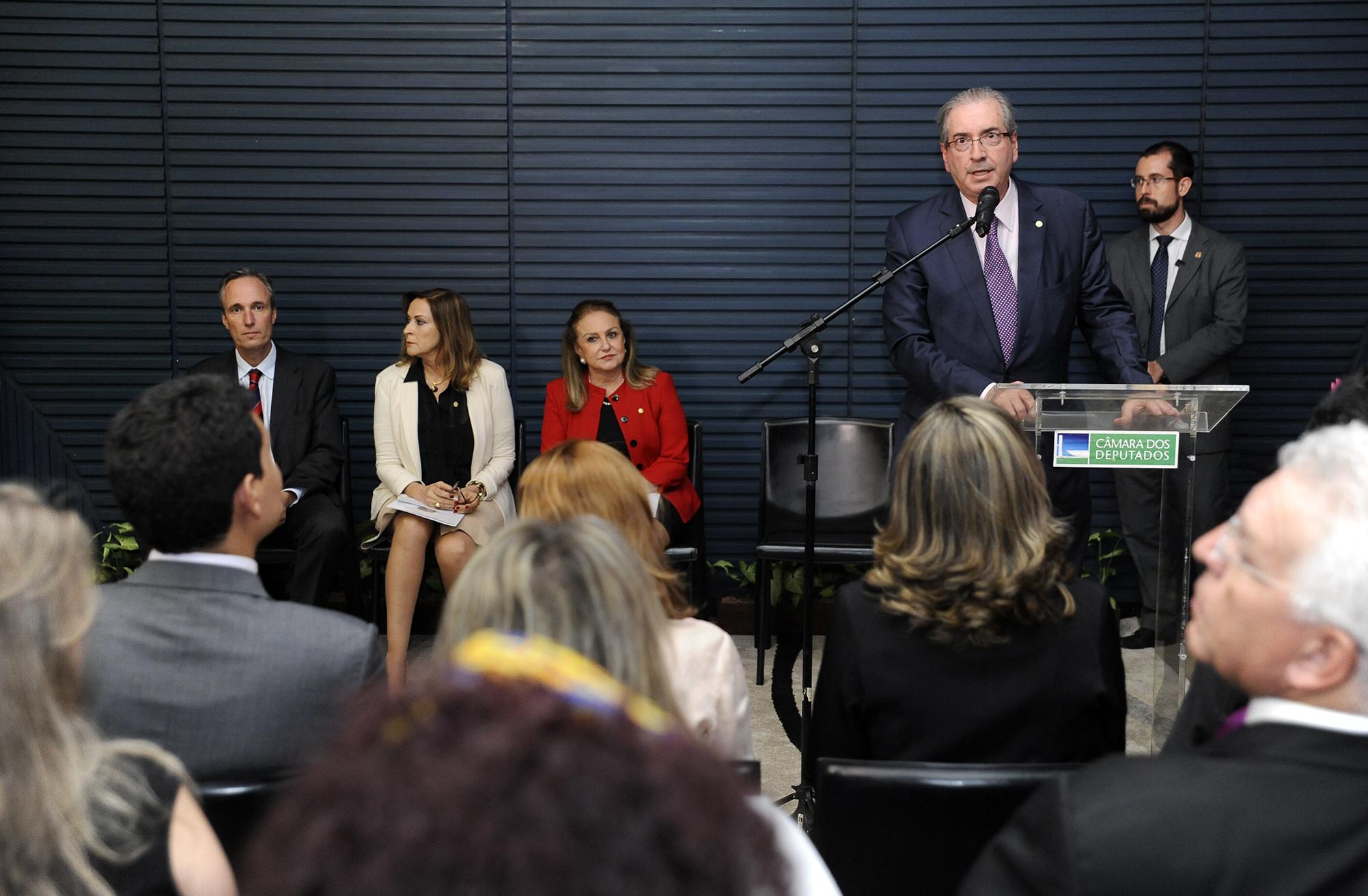 Solenidade de Entrega do Prêmio da 4ª Edição do Concurso sobre a Lei Maria da Penha. Presidente da Câmara, dep. Eduardo Cunha (PMDB-RJ)