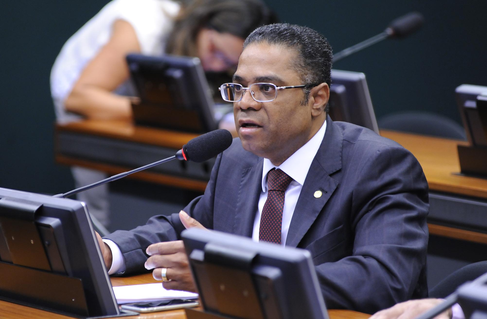 Reunião Deliberativa. Dep. Márcio Marinho (PRB-BA)