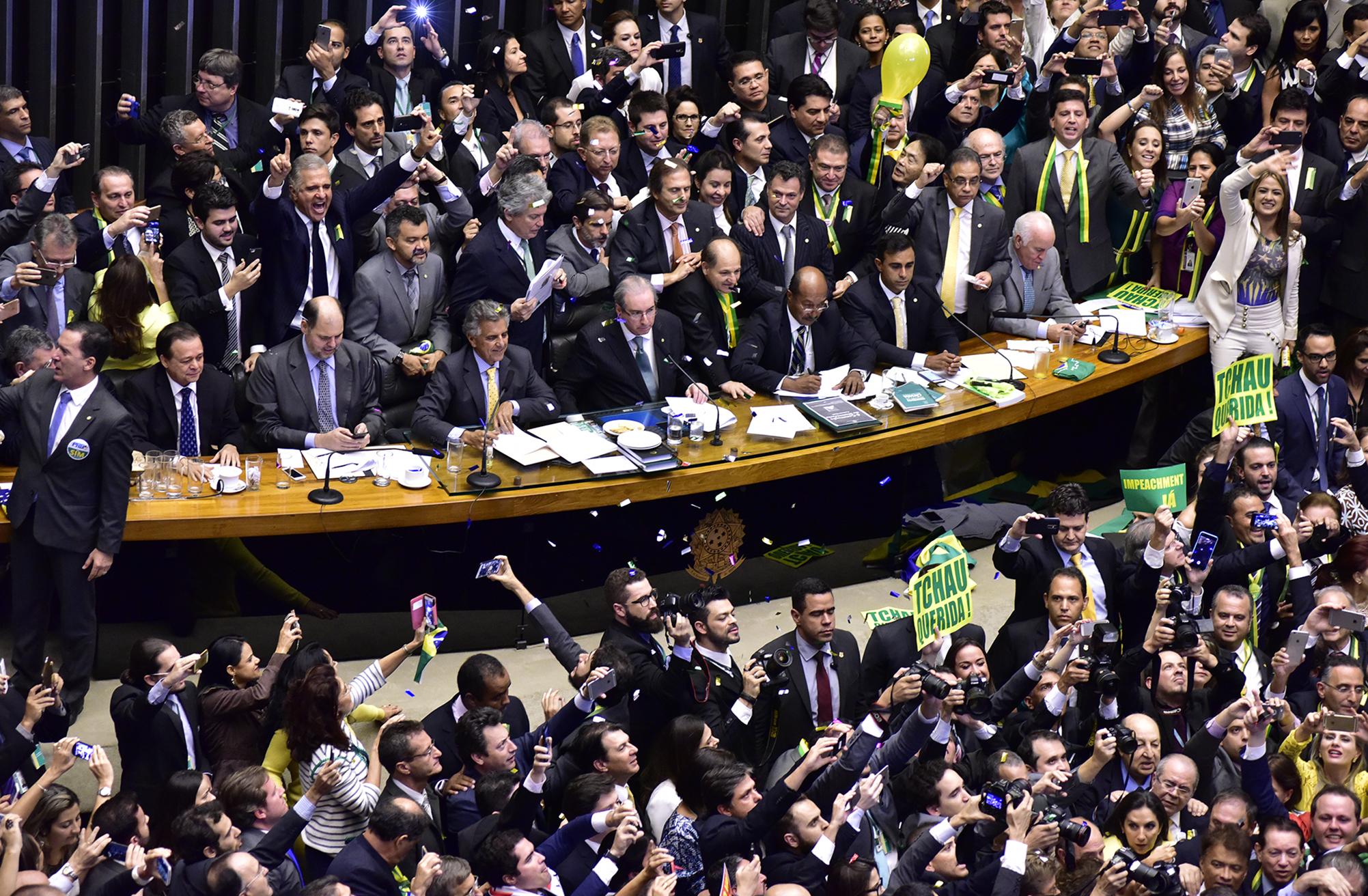 Sessão especial para votação do parecer do dep. Jovair Arantes (PTB-GO), aprovado em comissão especial, que recomenda a abertura do processo de impeachment da presidente da República