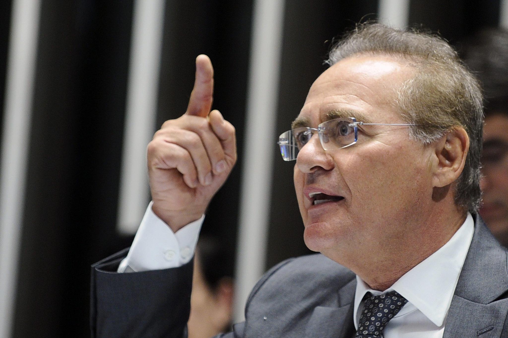 Presidente do Senado, Renan Calheiros, em sessão no Plenário do Senado
