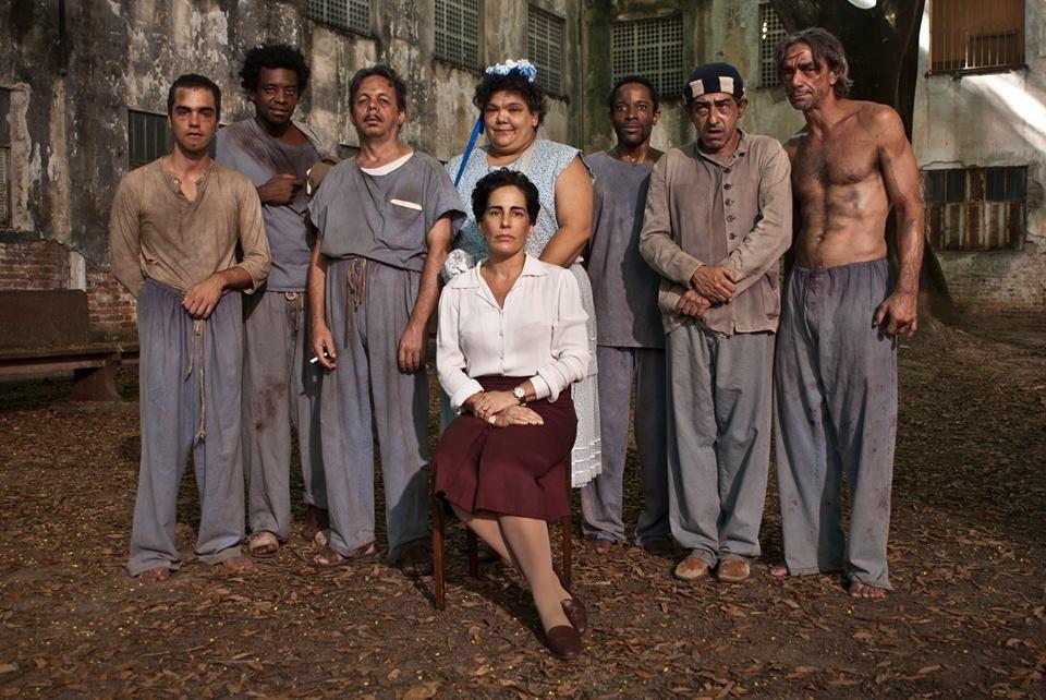 Gloria Pires protagoniza o filme dirigido por Roberto Berliner