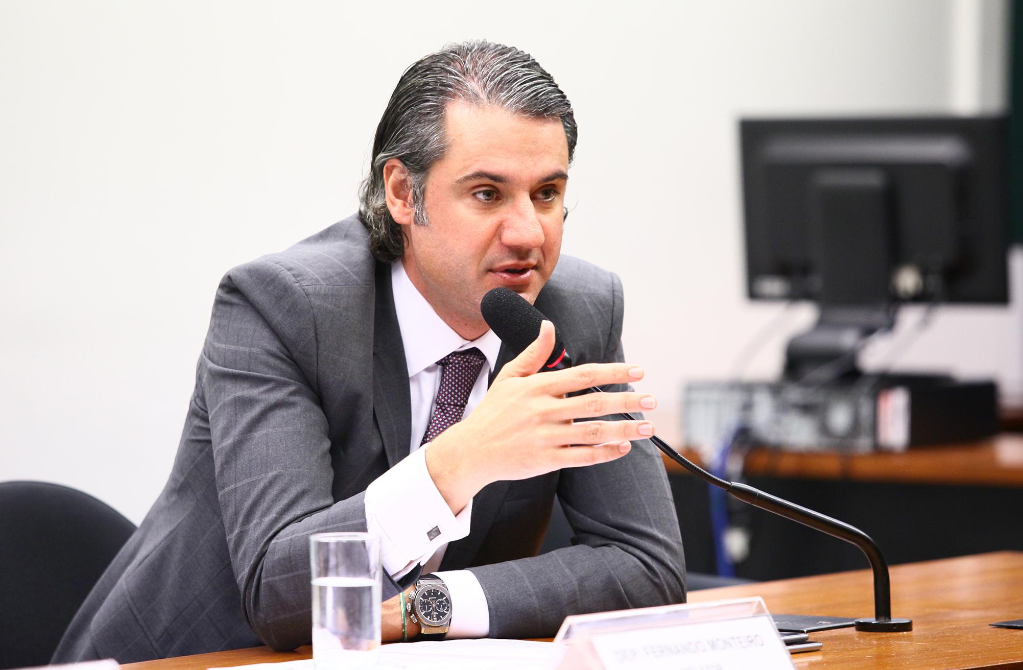 Audiência pública sobre os aspectos relacionados a contratos de marketing, direitos de mídia, patrocínios e eventos envolvendo a Confederação Brasileira de Futebol (CBF). Dep. Fernando Monteiro (PP-PE)