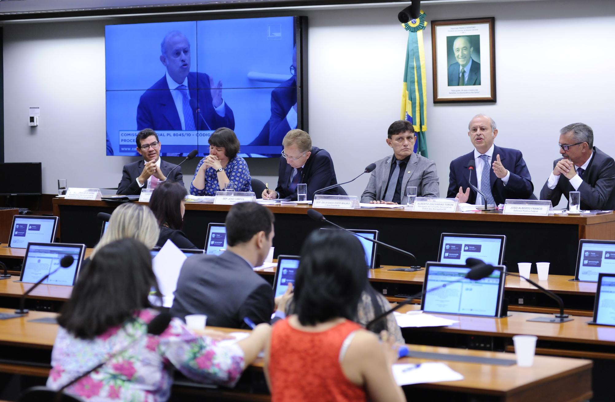 http://www.camara.gov.br/internet/bancoimagem/banco/img201605101821206608047.jpg