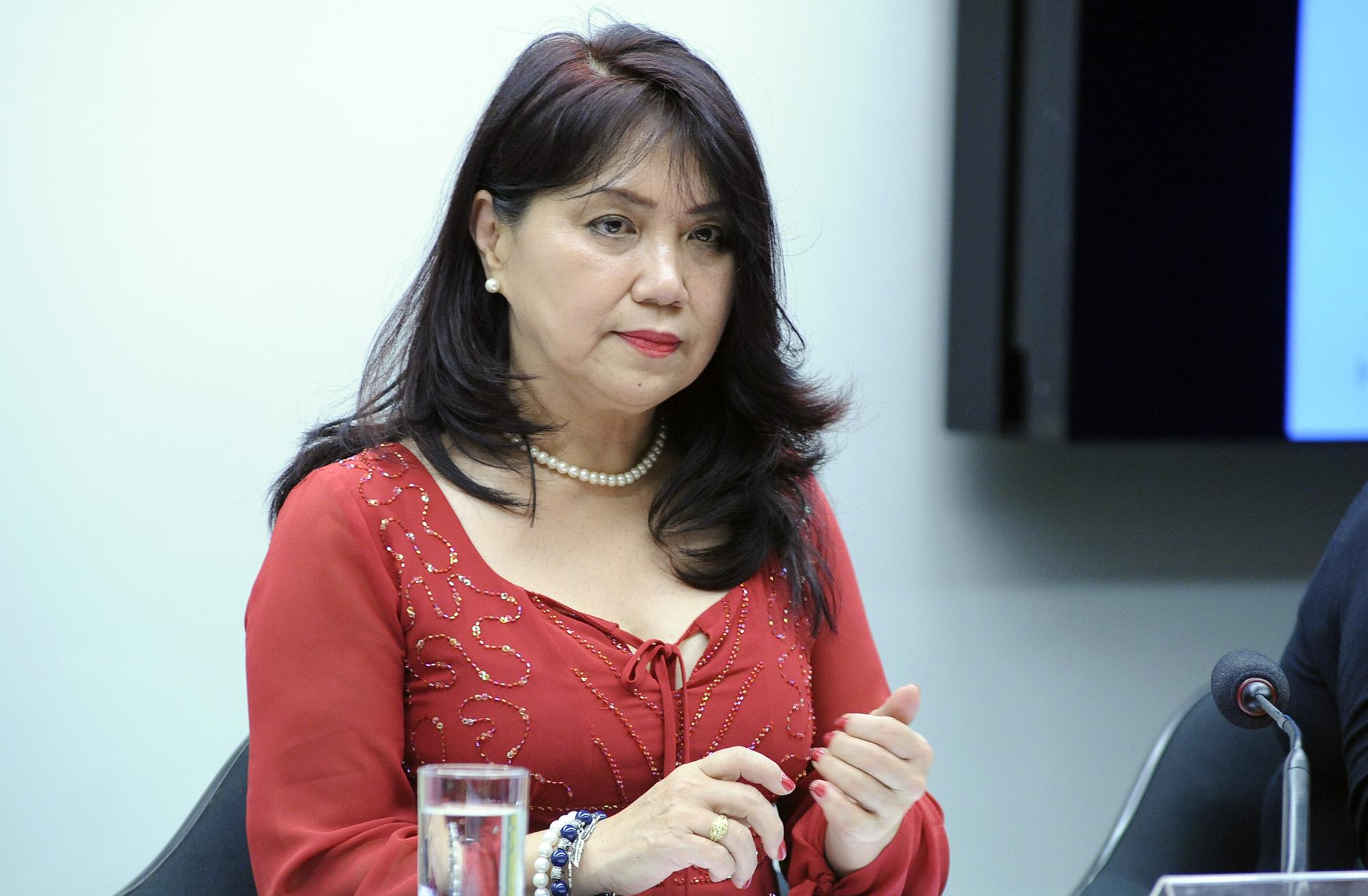 Audiência pública sobre a proposta de Lei de Responsabilidade Educacional constante do parecer do relator. Dep. Keiko Ota (PSB-SP)