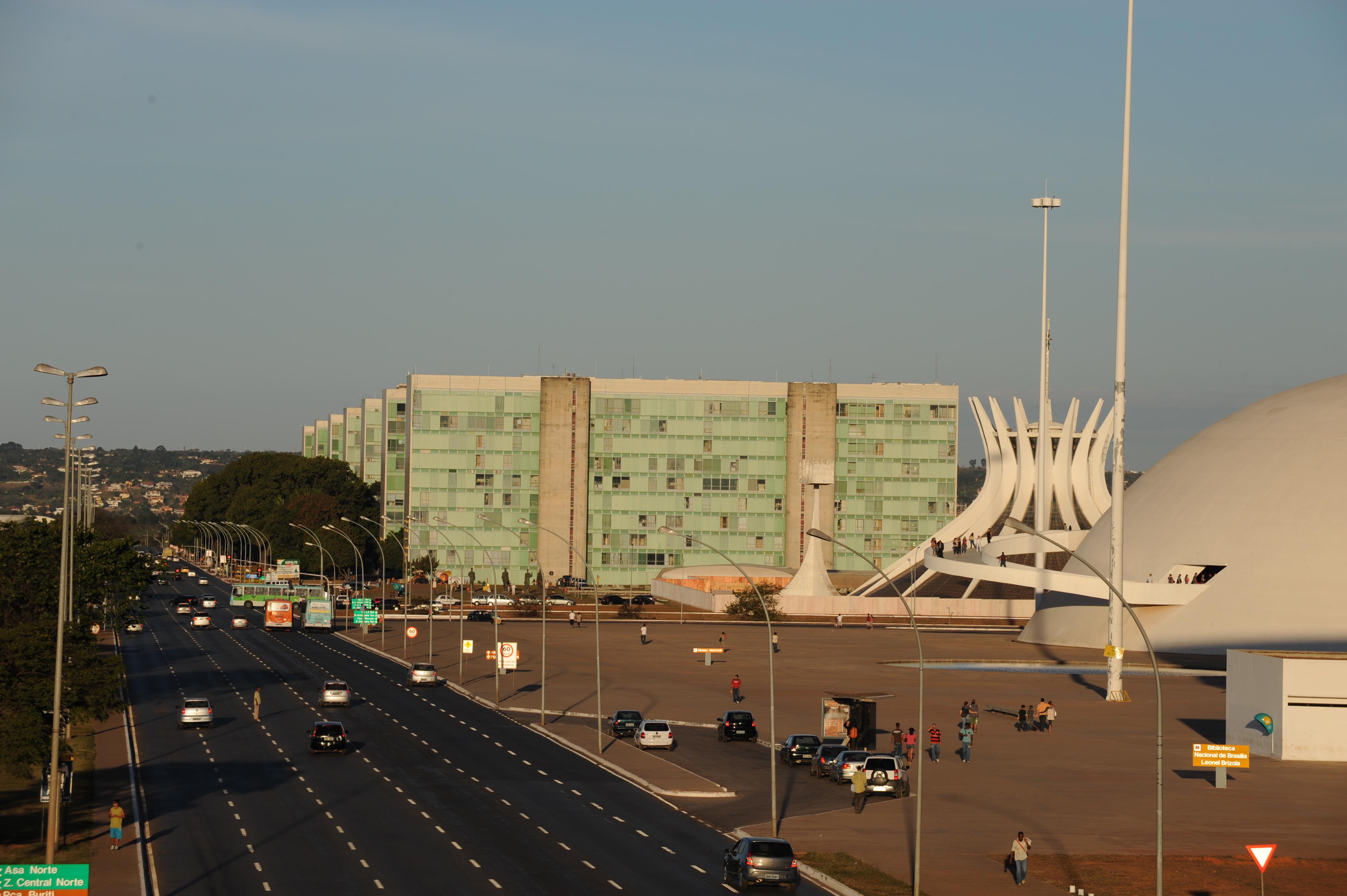Brasília - Esplanada - Ministérios capital federal administração ministros reforma administrativa máquina pública