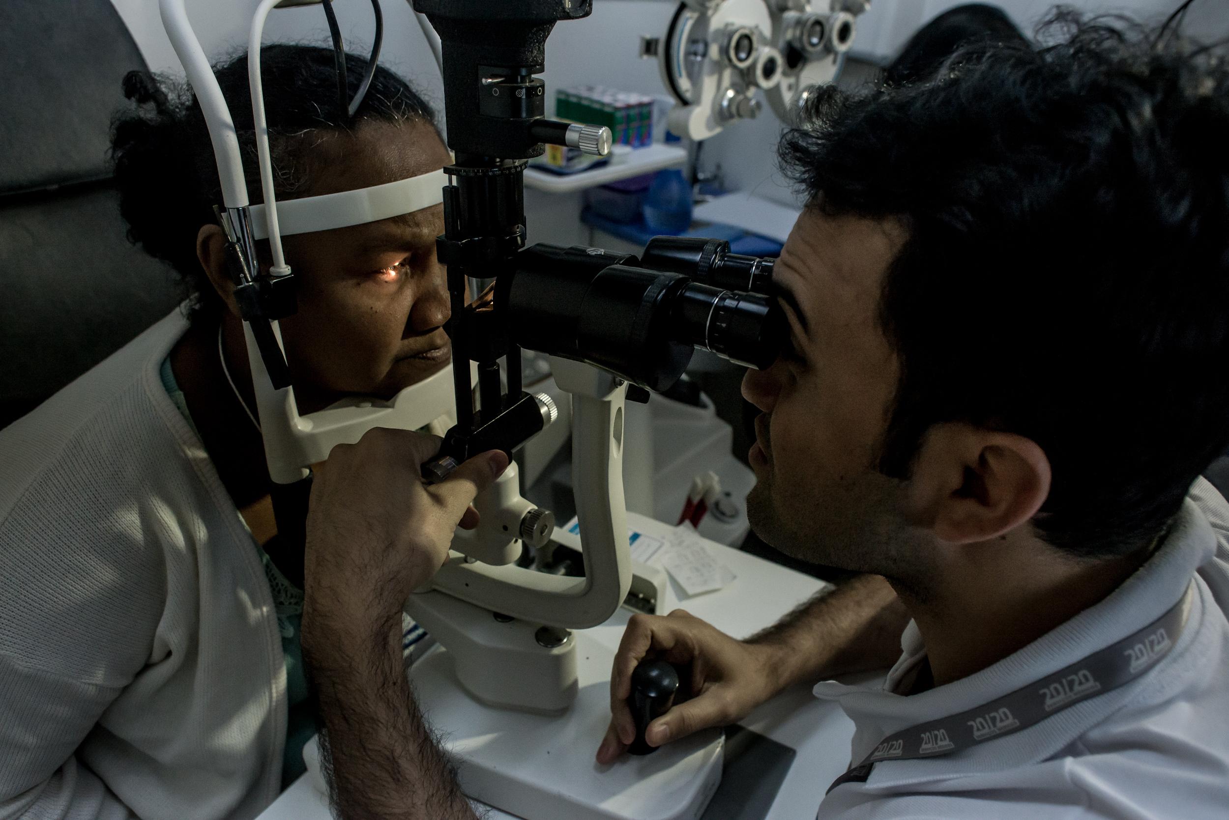 Saúde - geral - consulta médicos pacientes oftalmologia visão exames cataratas