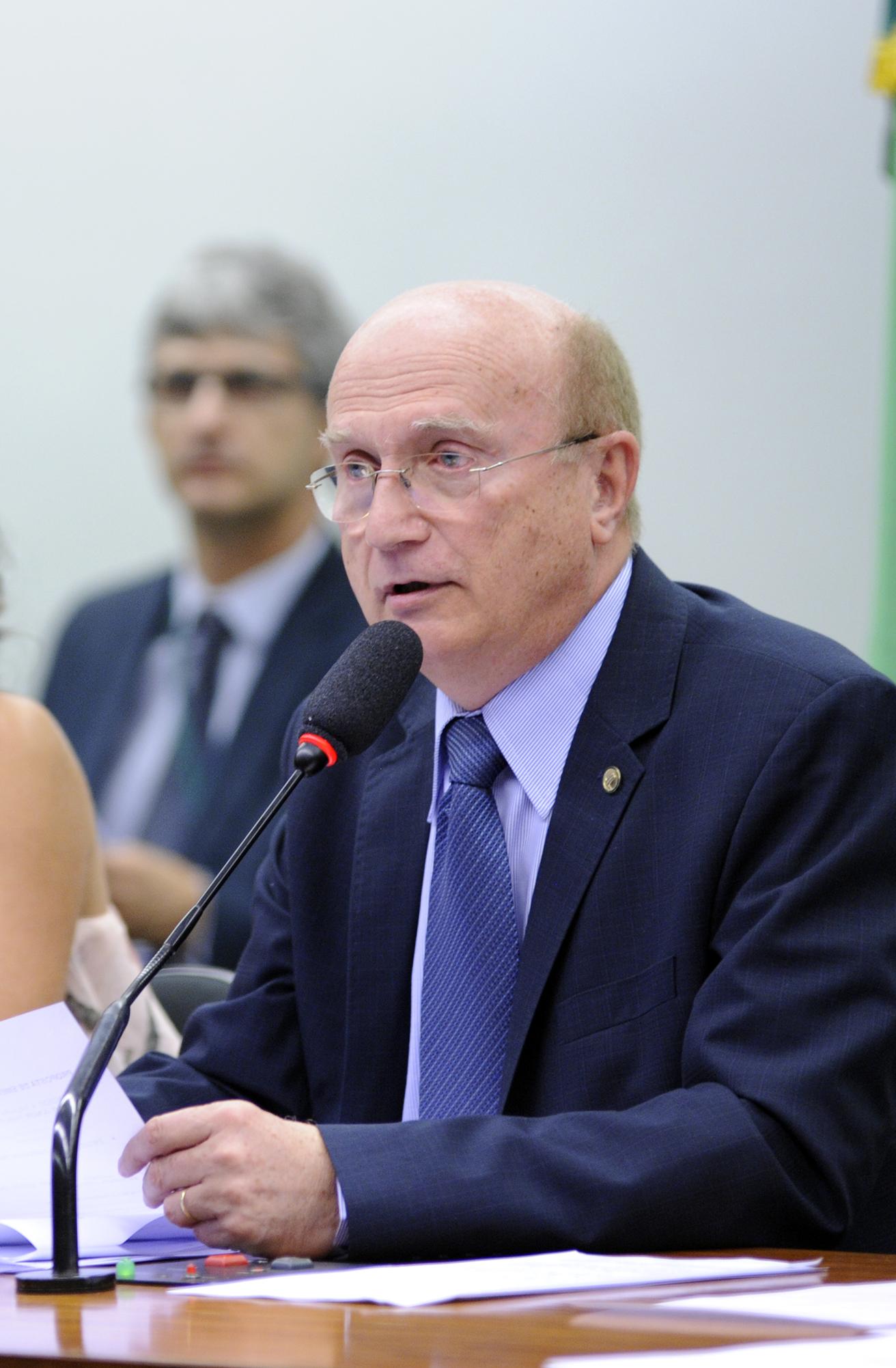 Reunião Extraordinária. Presidente da CCJC, dep. Osmar Serraglio (PMDB-PR)