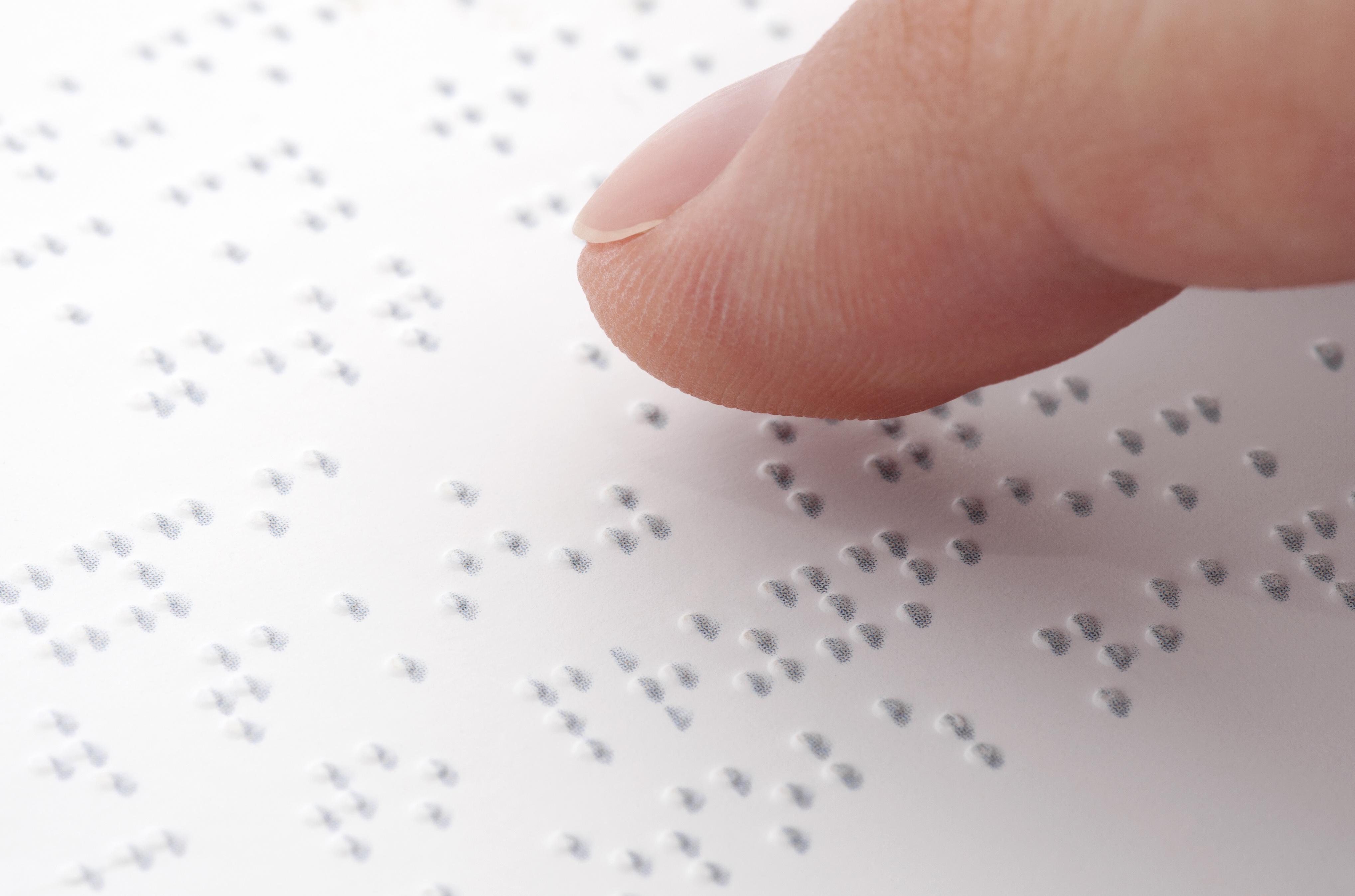 Direitos Humanos - deficiente - sinalização acessibilidade deficientes visuais cegos braile