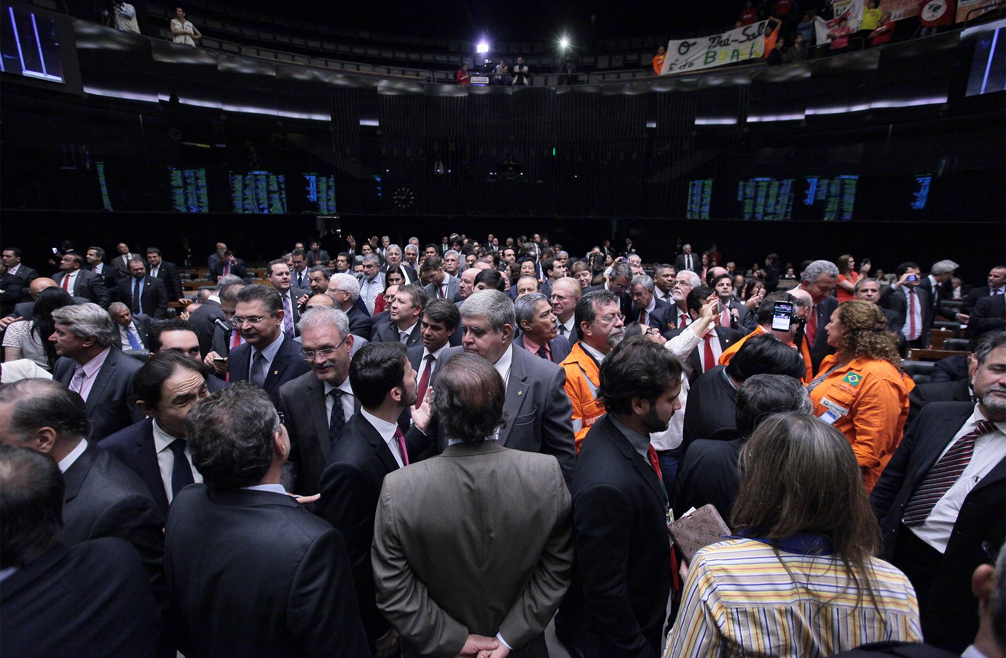 Discussão e votação do projeto de lei que desobriga a Petrobras de ser a operadora de todos os blocos de exploração do pré-sal no regime de partilha de produção (PL 4567/16)
