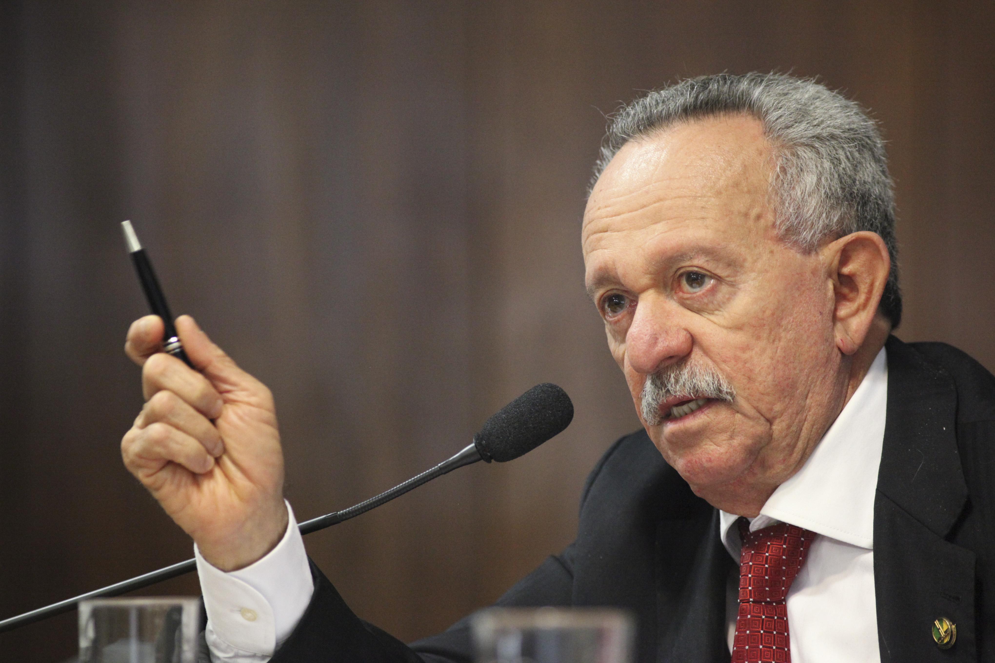 Autoridades - senador Benedito de Lira