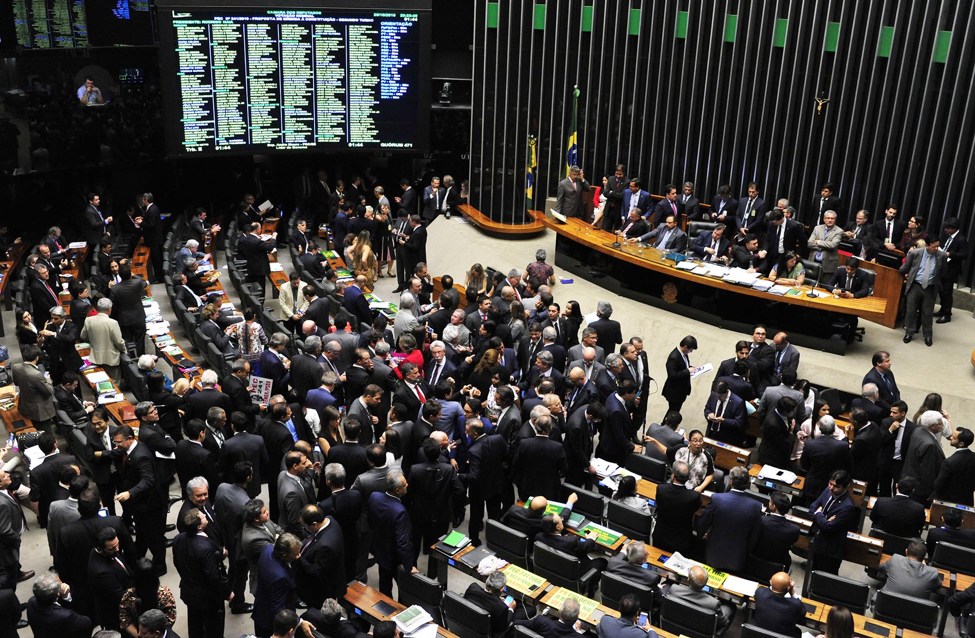 http://www.camara.leg.br/internet/bancoimagem/banco/img201610252129307737029.jpg
