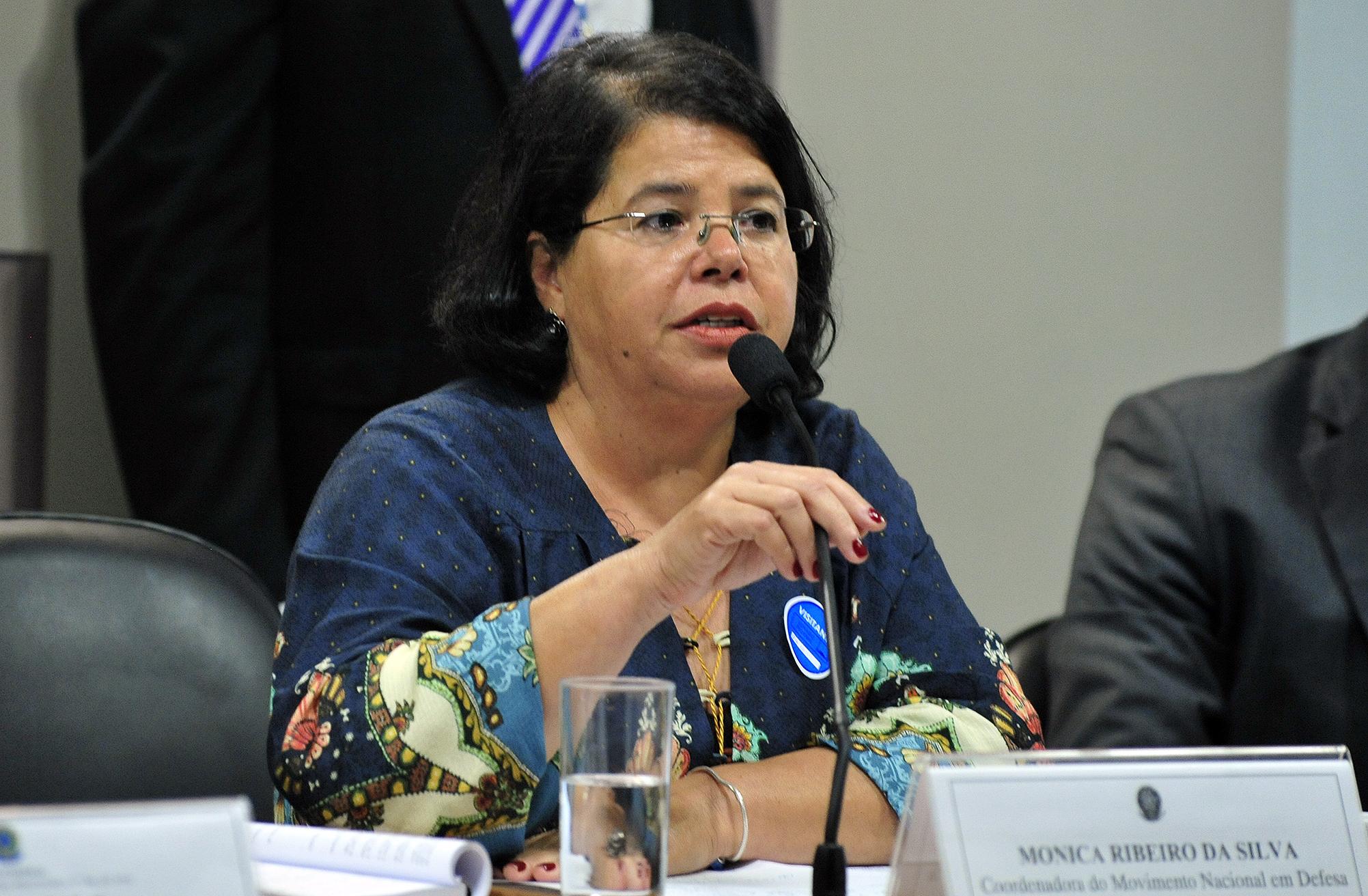 Audiência pública (interativa) da Comissão Mista sobre a MP 746/16, que reforma o currículo do ensino médio. Coordenadora do Movimento Nacional em Defesa do Ensino Médio, Monica Ribeiro da Silva