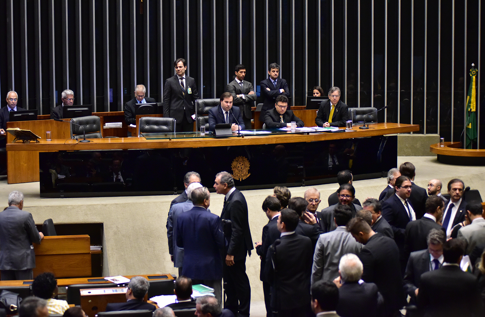 http://www.camara.leg.br/internet/bancoimagem/banco/img201611241155484294871.jpg
