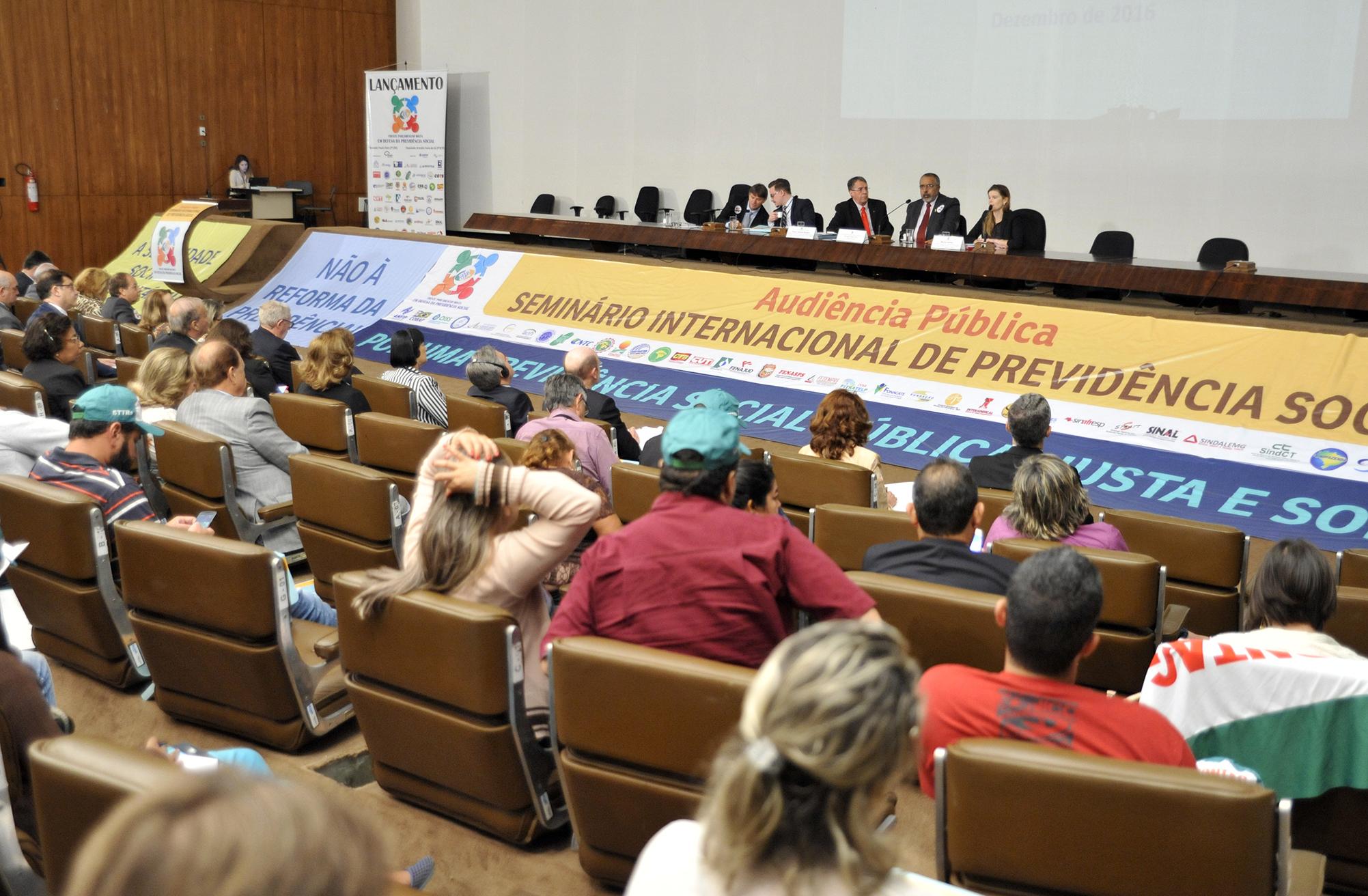 Associação Nacional dos Auditores Fiscais da Receita Federal do Brasil (ANFIP), Frente Parlamentar Mista em Defesa da Previdência Social e Comissão de Direitos Humanos e Legislação Participativa (CDH) do Senado realizam Seminário Internacional de Previdência Social