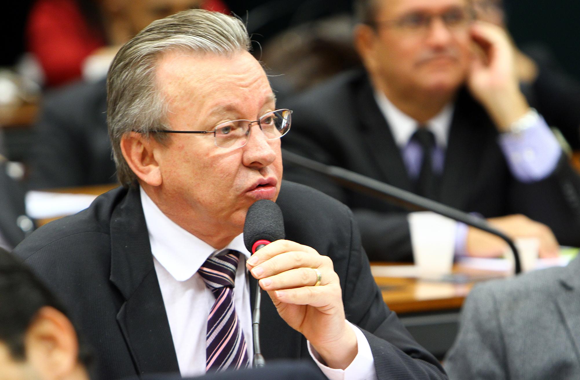 Audiência pública sobre o plano de trabalho, ações e prioridades do novo Governo em relação ao setor agrícola e pecuário do Brasil. Dep. Celso Maldaner (PMDB-SC)