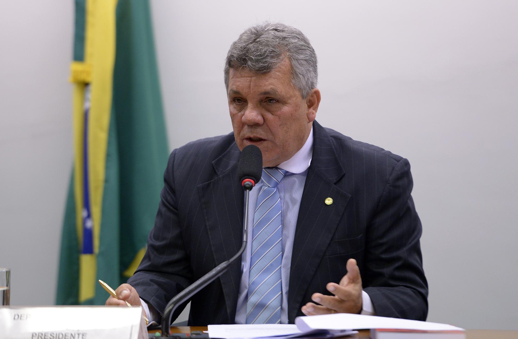Audiência pública para esclarecimentos sobre fatos relacionados ao objeto de investigação da CPI. Dep. Alberto Fraga (DEM-DF)