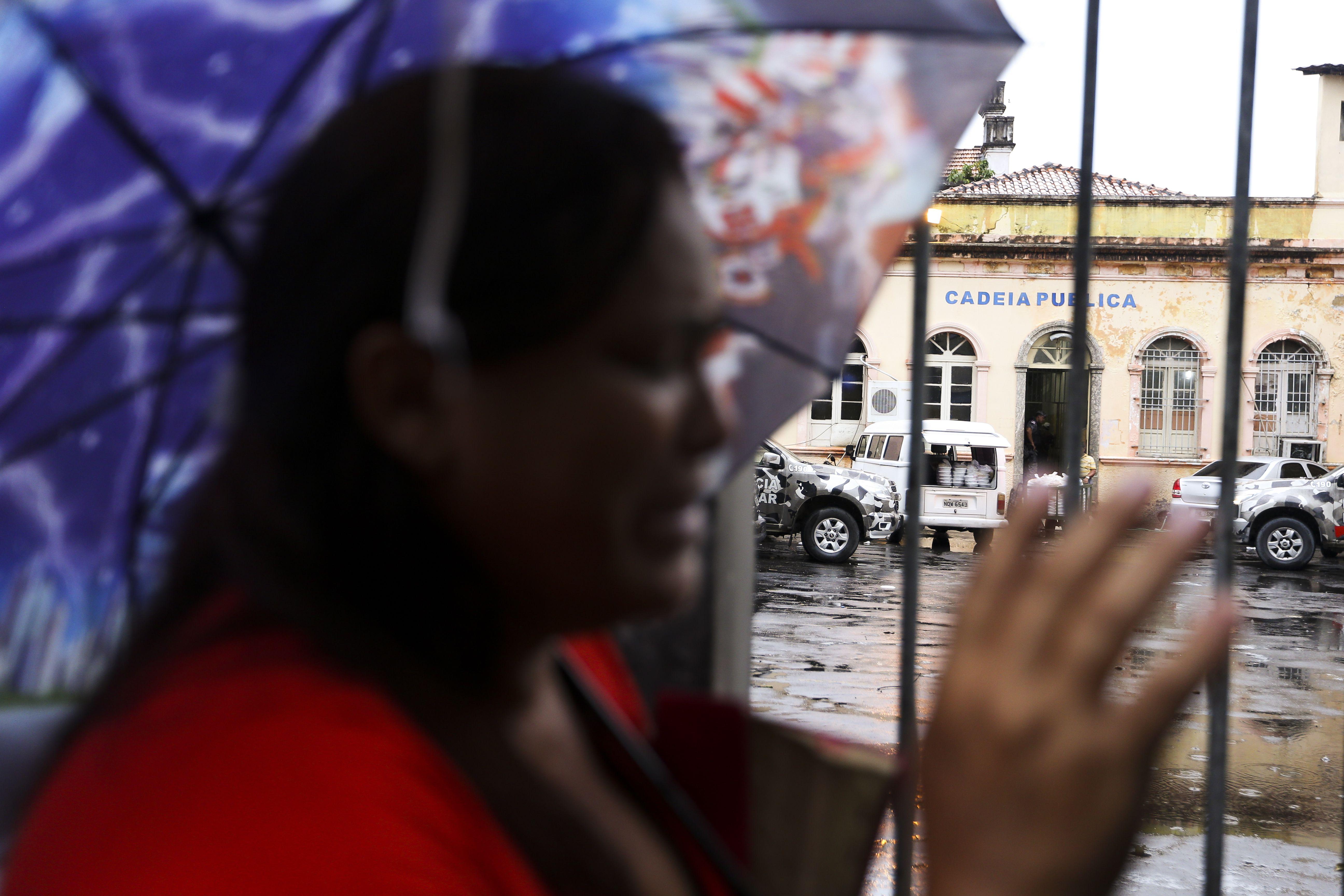 Segurança - presídio - cadeia pública Manaus prisão rebelião crise carcerária penitenciária familiares