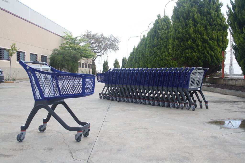 Economia - consumidor - carrinho compras supermercado cesta básica produtos inflação preços