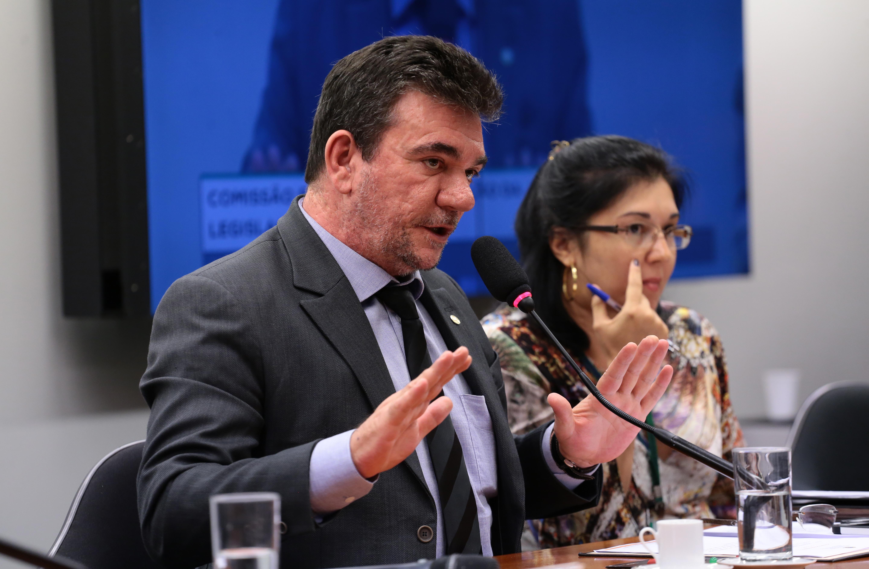 Reformulação da Legislação do Esporte reunião de discussão e votação do Relatório Final. Dep. Andres Sanchez (PT-SP)
