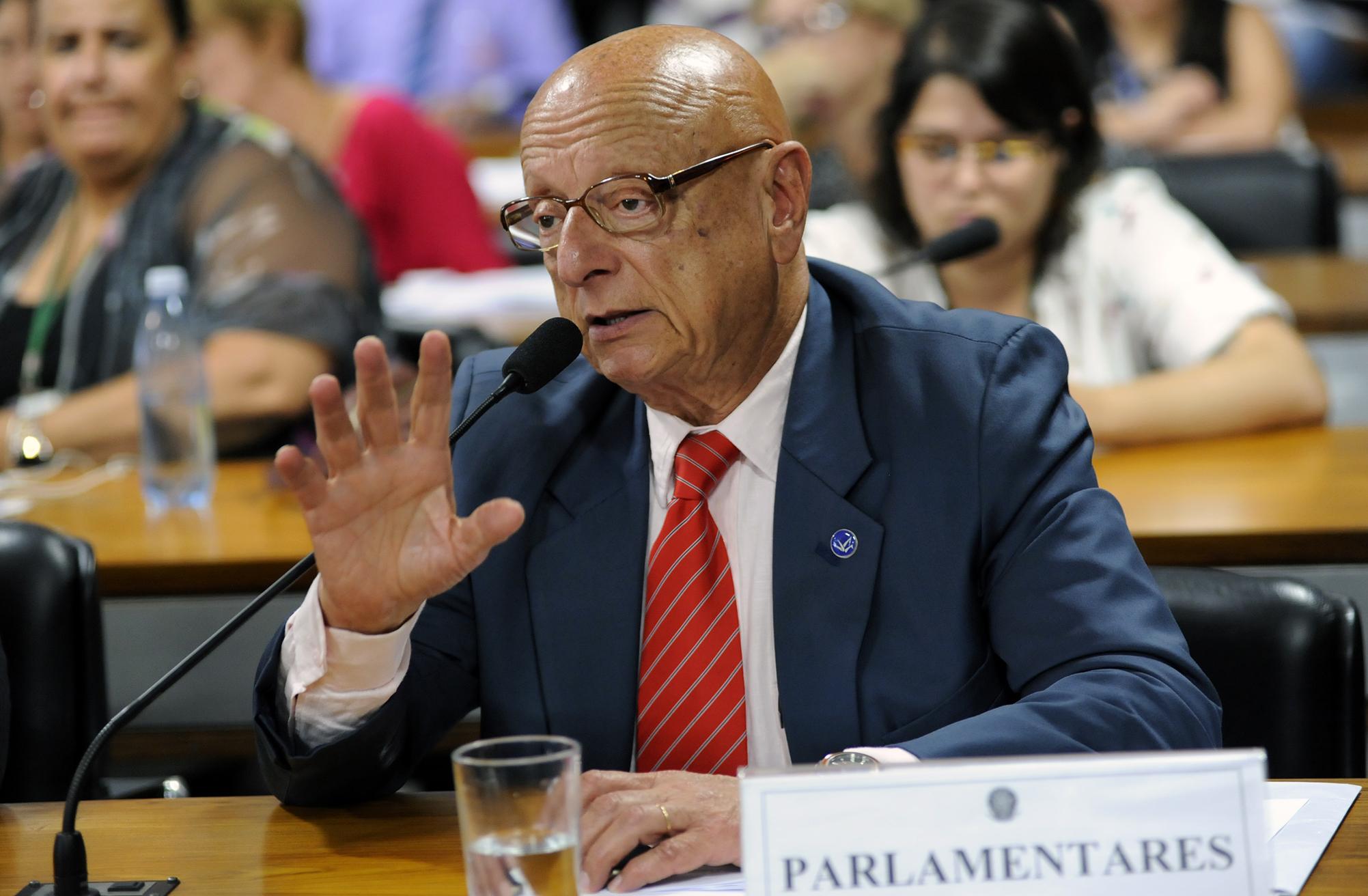 Comissão Mista sobre a MP 747/16, para dispor sobre o processo de renovação do prazo das concessões e permissões dos Serviços de Radiodifusão. Dep. Esperidião Amin (PP - SC)
