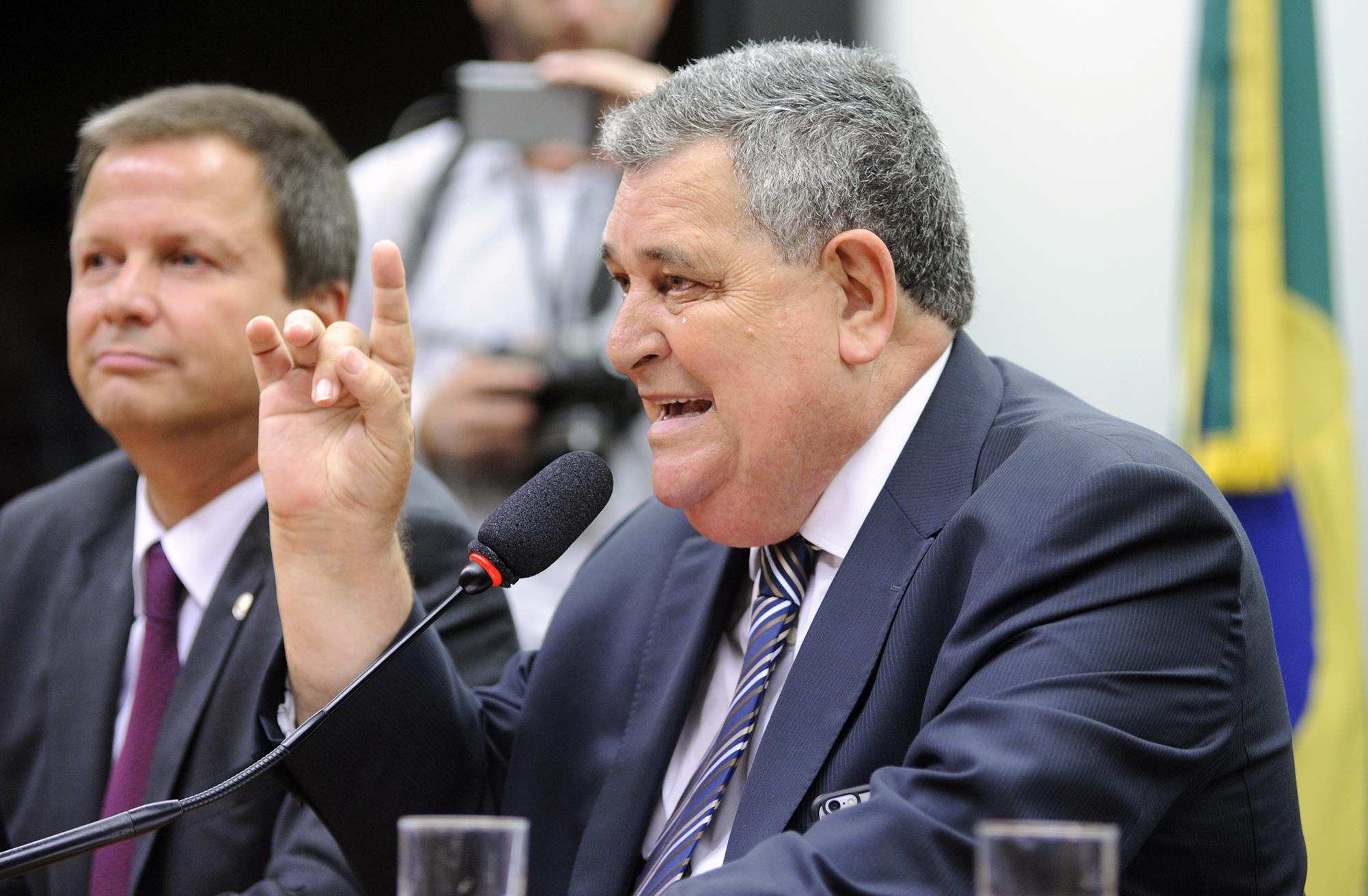 Reunião para entrega de carta aberta da OAB sobre a reforma. Dep. Arnaldo Faria de Sá (PTB - SP)