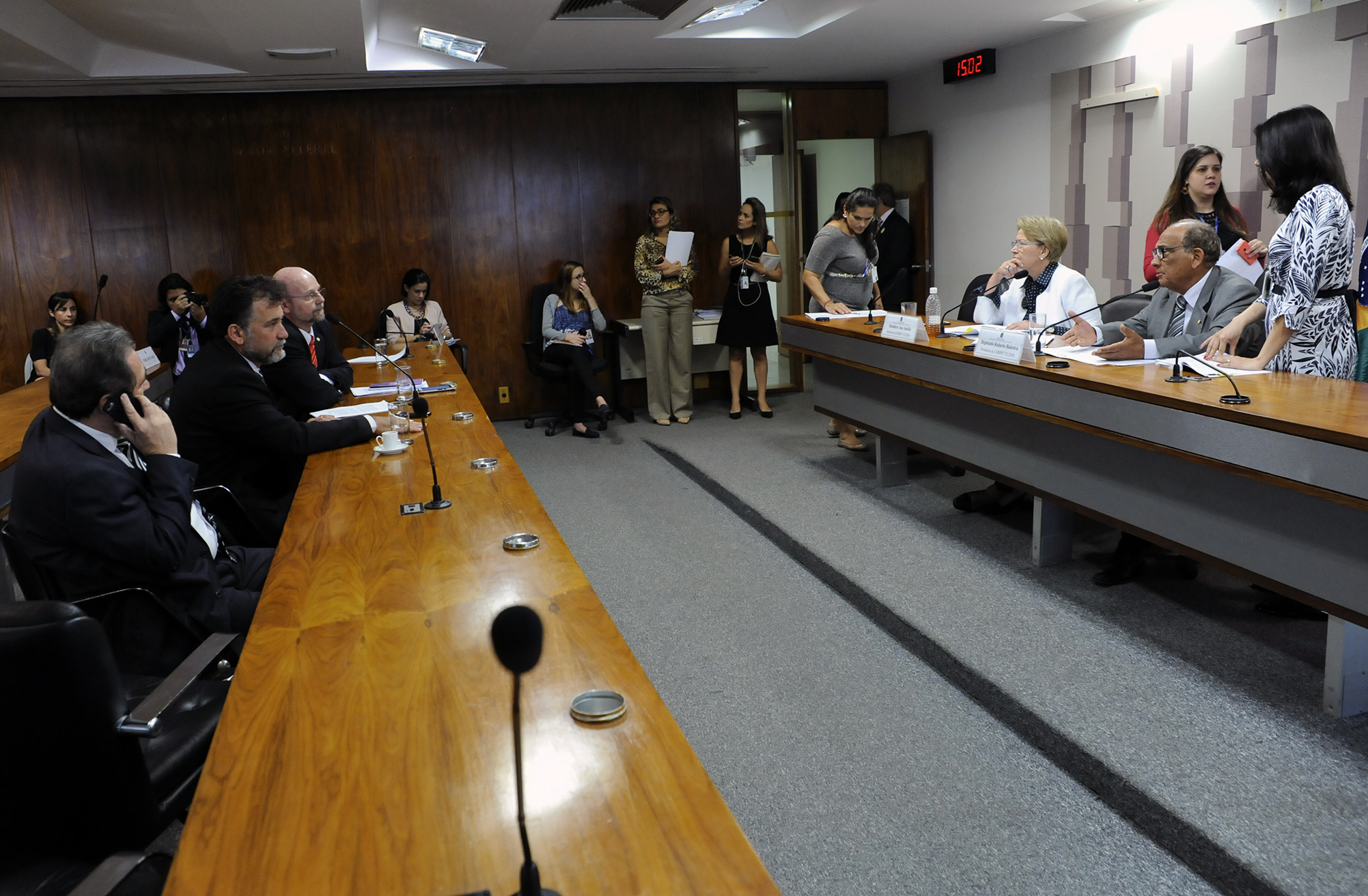 Reunião da Comissão Mista sobre a MP 751/16, que cria o programa Cartão Reforma