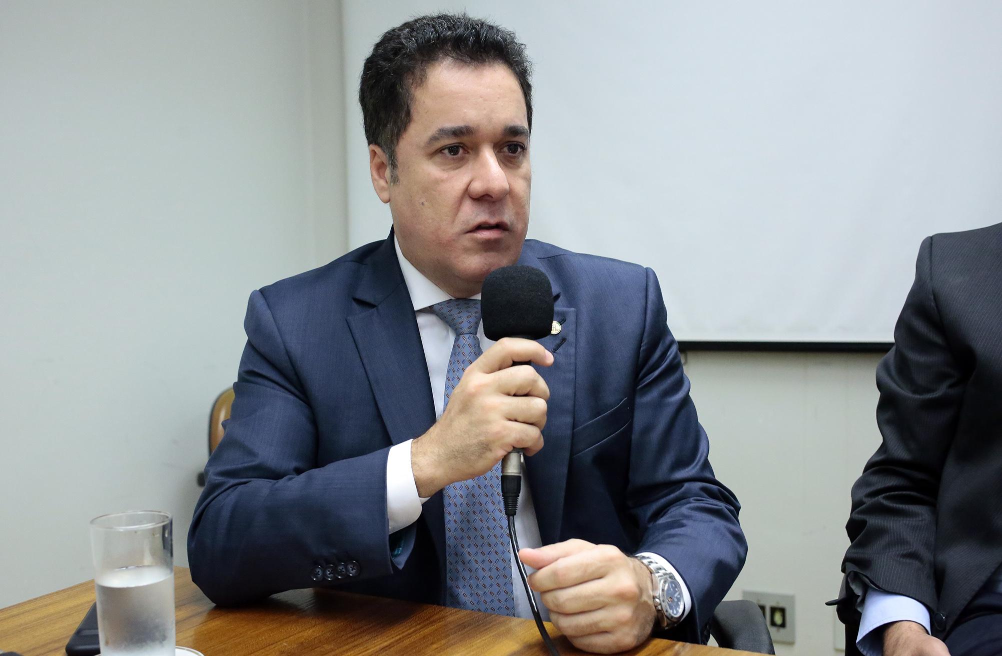 Relançamento da Frente Parlamentar. Dep. Marcelo Squassoni (PRB-SP)