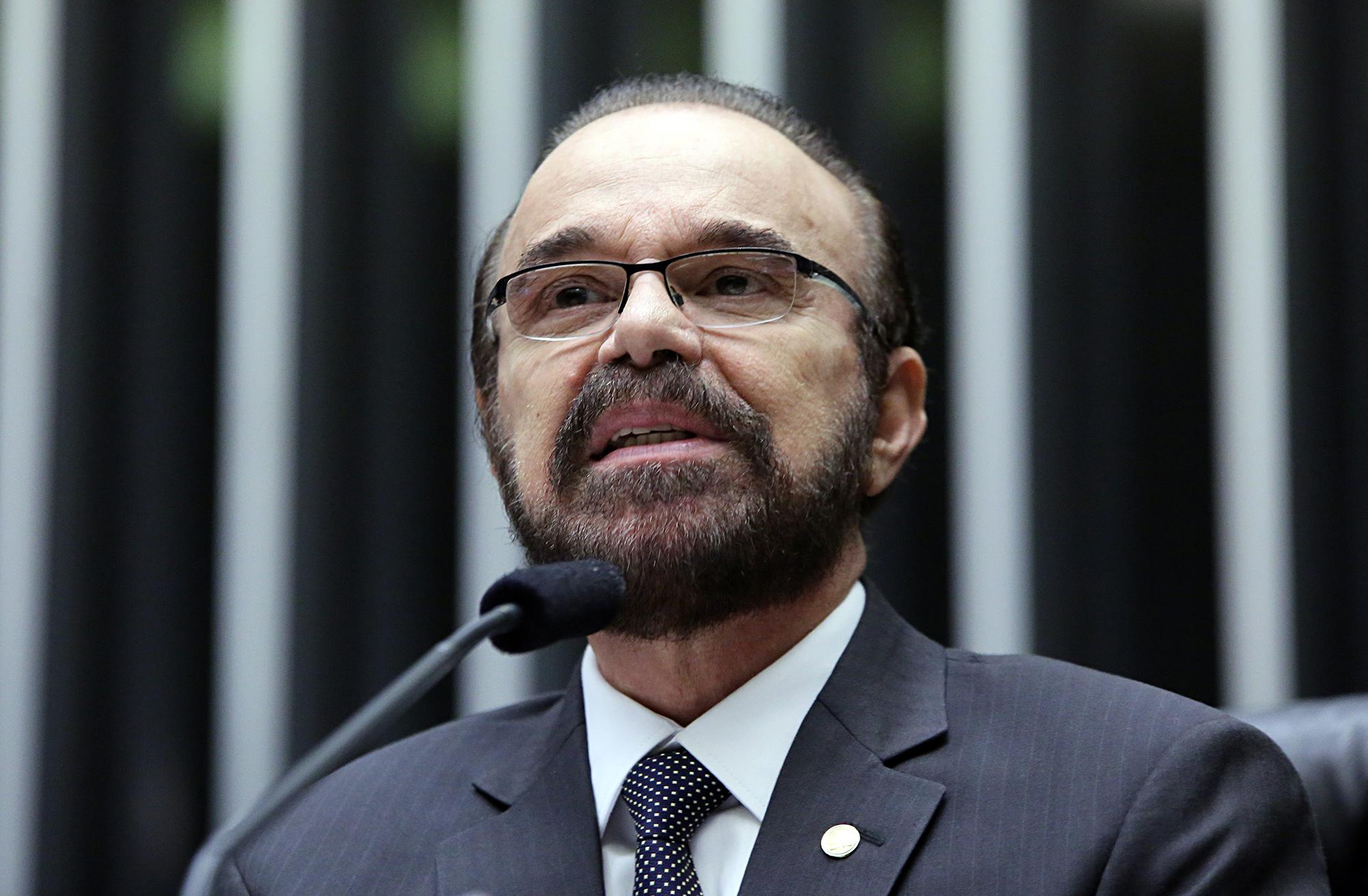 """Comissão geral para discutir """"O sistema penitenciário no Brasil"""". Dep. Lincoln Portela (PRB-MG)"""