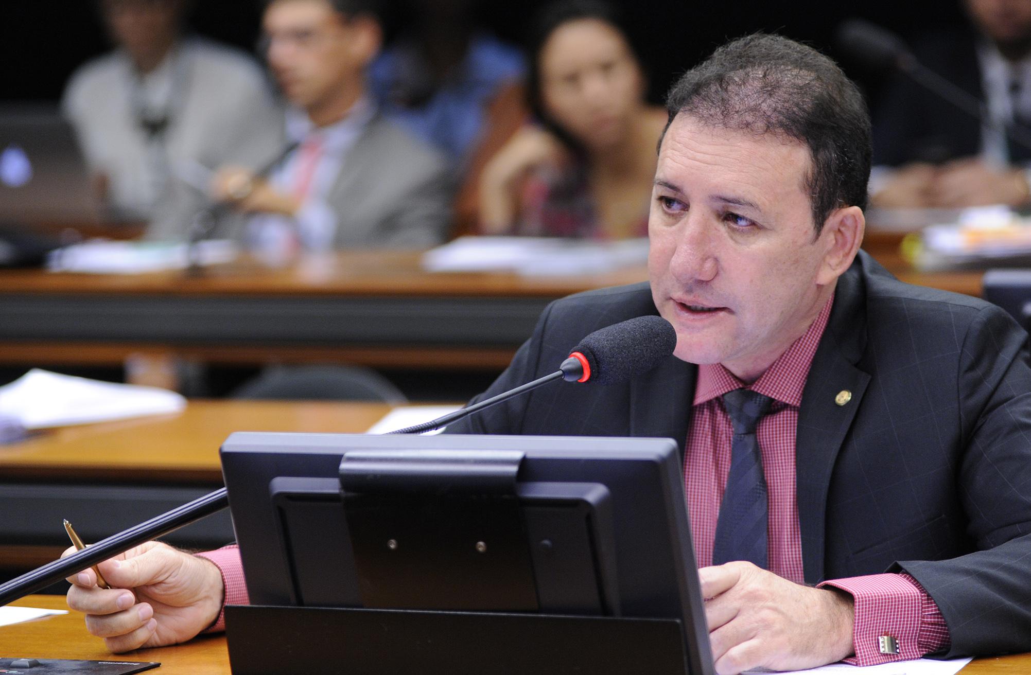 Reunião Ordinária. Dep. Adail Carneiro (PP-CE)
