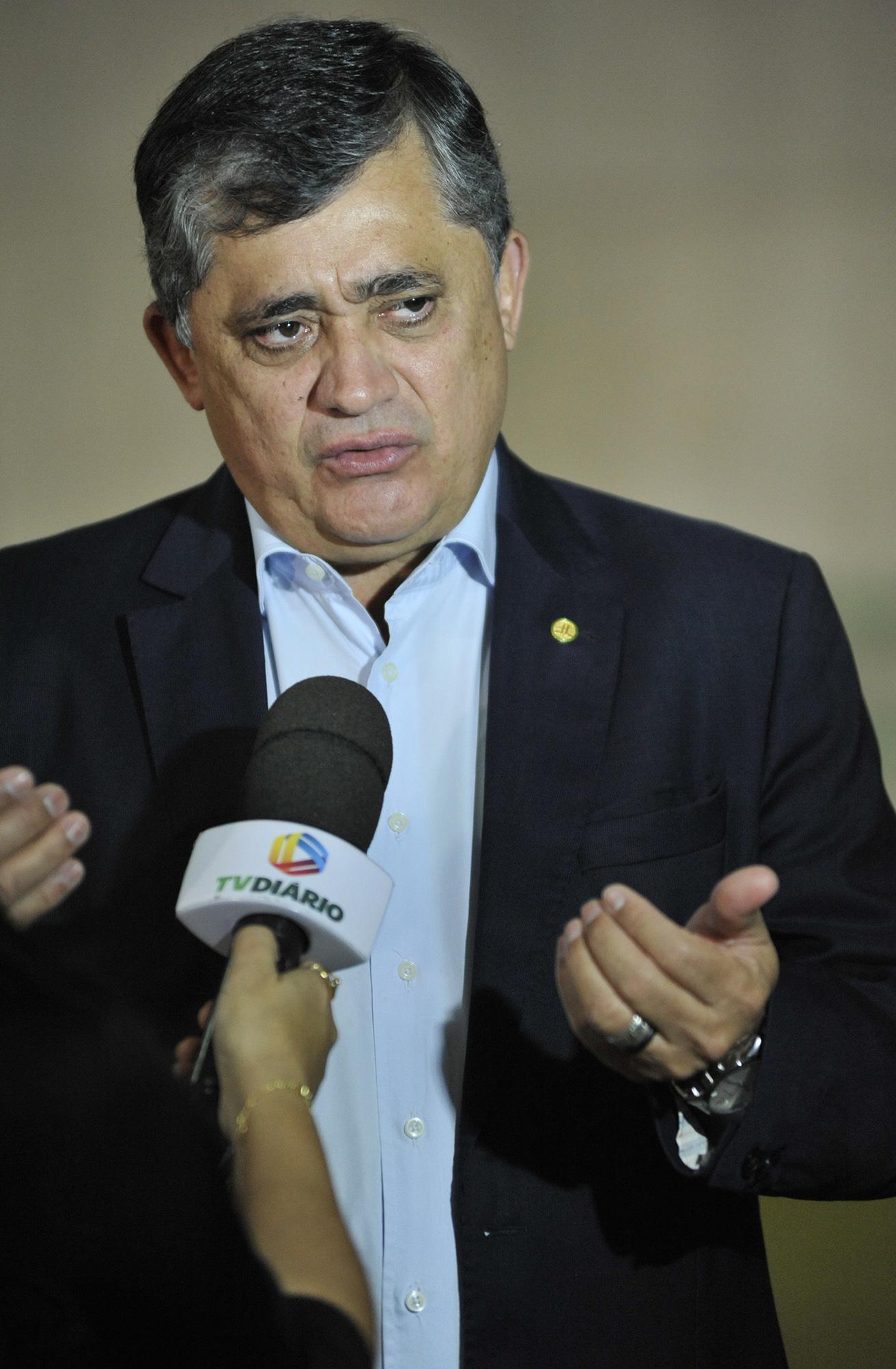 Dep. José Guimarães (PT-CE) concede entrevista