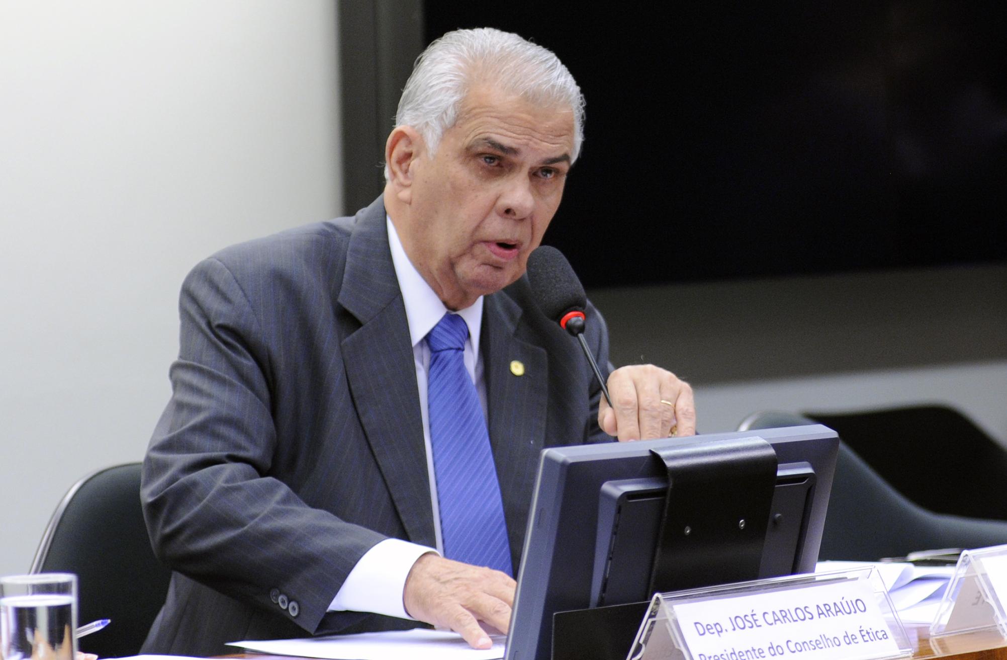 Instalação do Conselho de Ética e Decoro Parlamentar e eleição do Presidente e Vice-Presidentes. Dep. José Carlos Araújo (PR - BA)