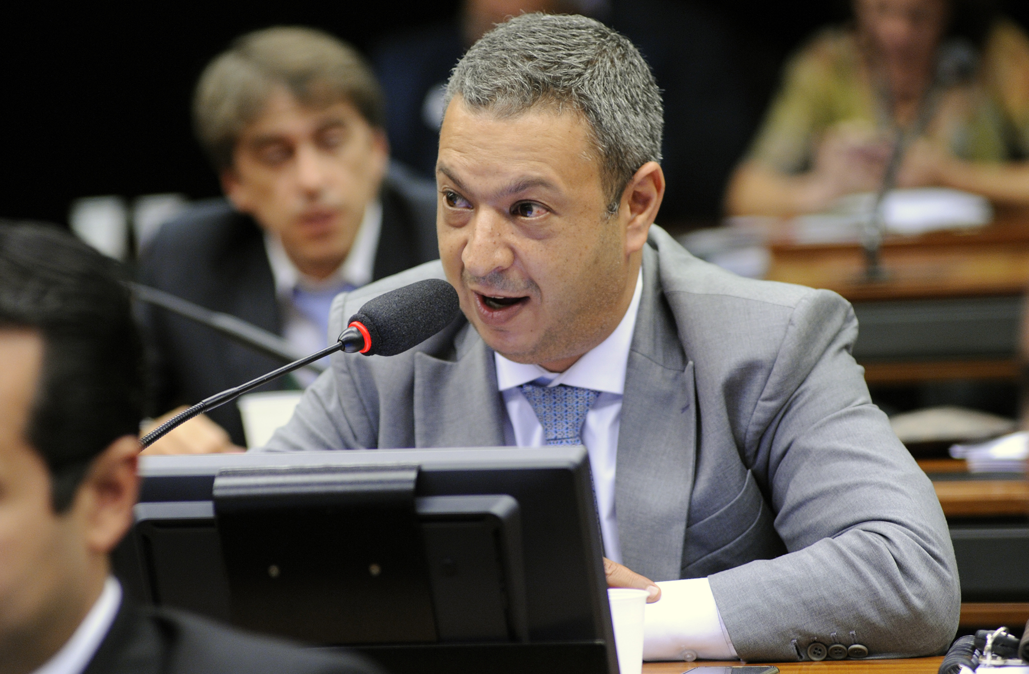 Comissão de Meio Ambiente aprova metas de reutilização, coleta e reciclagem de produtos eletrônicos