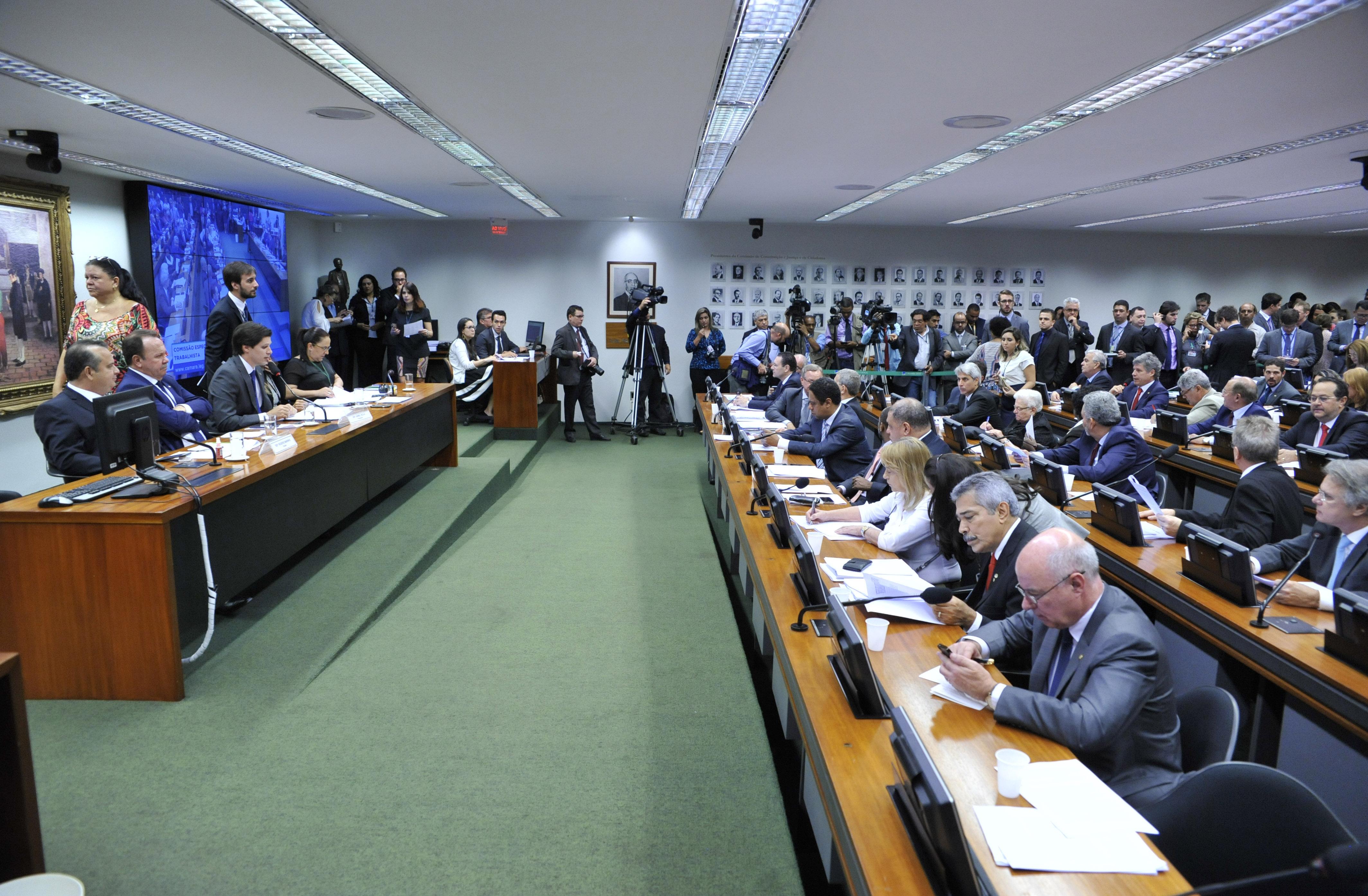 Reunião Ordinária para discussão e votação do parecer do relator