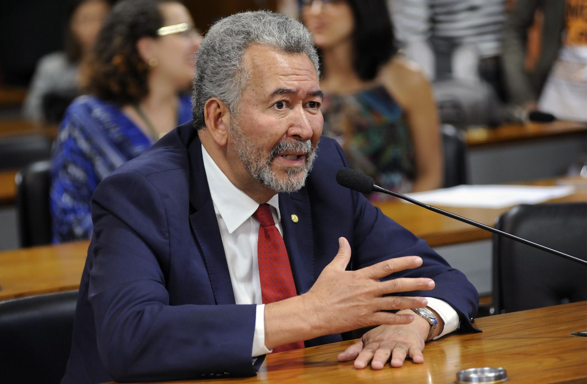 Reunião conjunta com a Comissão de Direitos Humanos e Legislação Participativa do Senado Federal. Dep. Paulão (PT - AL)